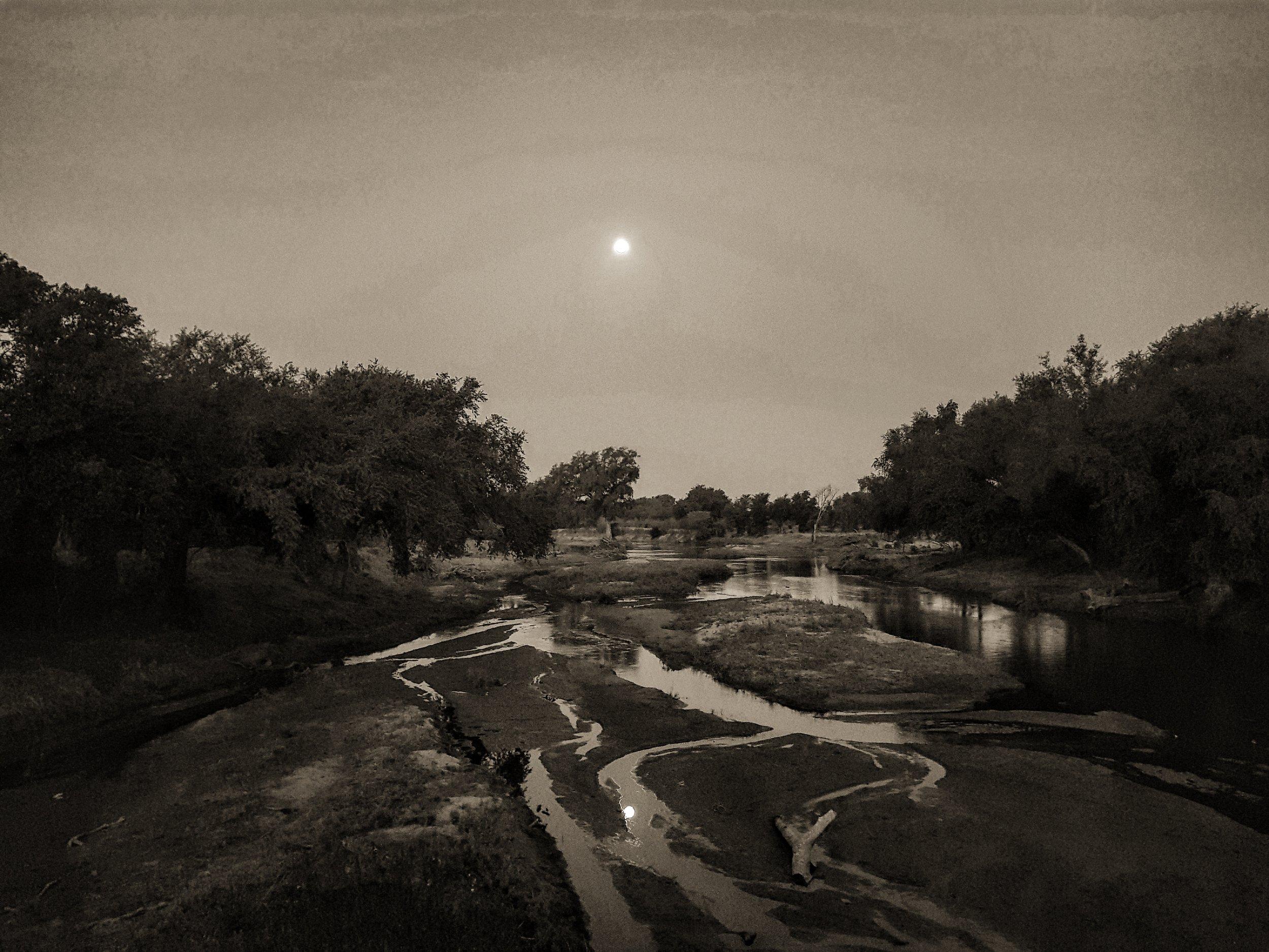 LUVUVHU RIVER DROUGHT: The Luvuvhu river at full moon.