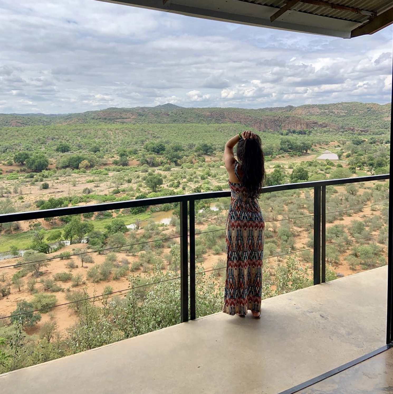 First thing on the agenda upon arrival at The Outpost Lodge? Get acquainted with your luxury space and take in the expansive views.   @dharadaily   is pictured here doing just that.