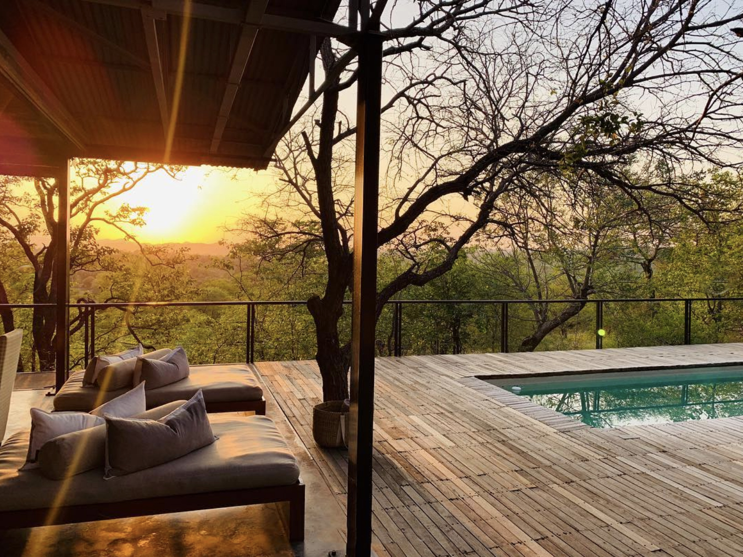 @escobarnic   captured a magnificent sunrise from the pool deck before grabbing a quick cup of coffee and hopping into the Land Rover for the early morning game drive.