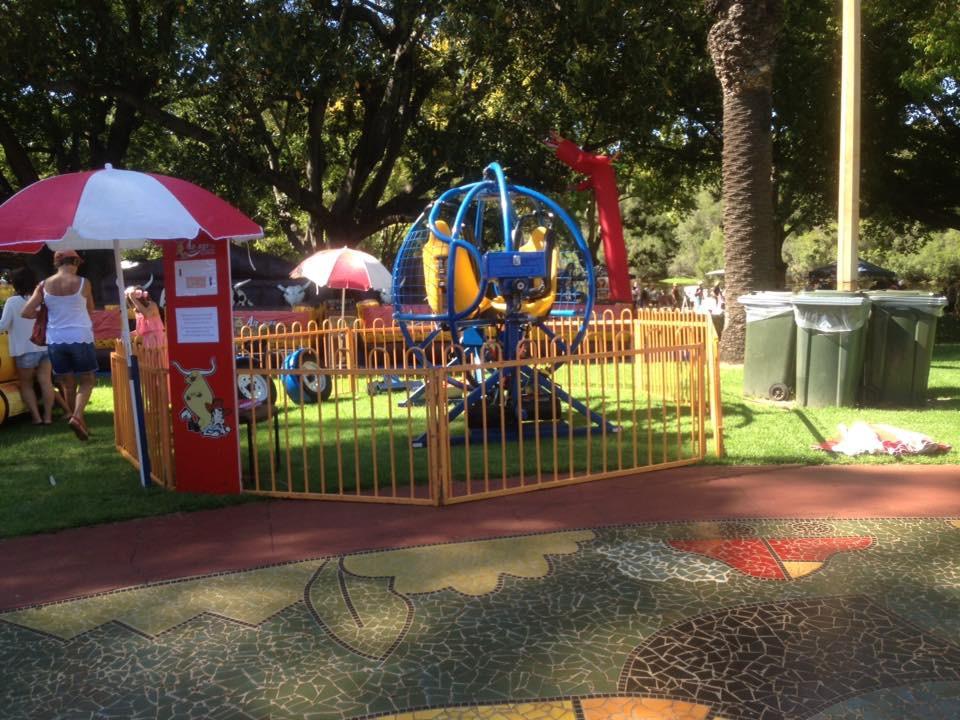 Human Gyro Hyde Park.JPG