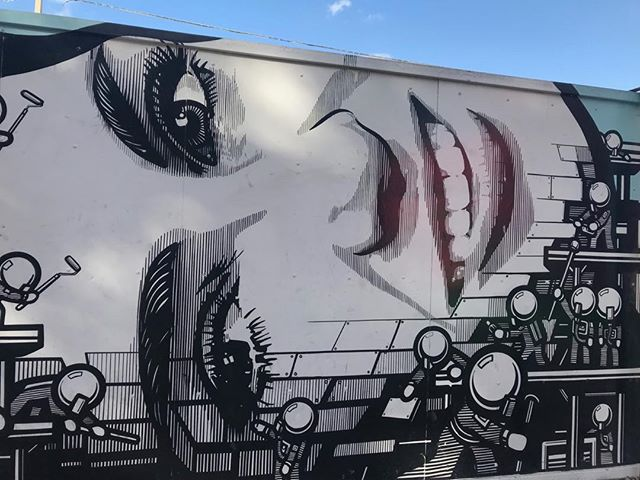 #miami - all smiles in the #spring . . . . . . . . . . . #wynwood #art #urbanspaces #miamiliving #miamirealestate #miamiagent #urbanliving #graffitti #miamirealestate #muamilifestyle #blueskies #expatliving #expat #lifeAbroad #murals #leah #wynwoodwalls #miamiculture #miamiguide #onholiday #miamitravel #36hrs #florida#miamibeach #hood #myhood #mycity #miamiandme #asiainmiami