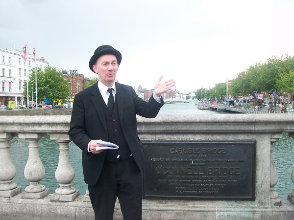 Paul O'Hanrahan Balloonatics Bloomsday FRINGE 2019.jpg