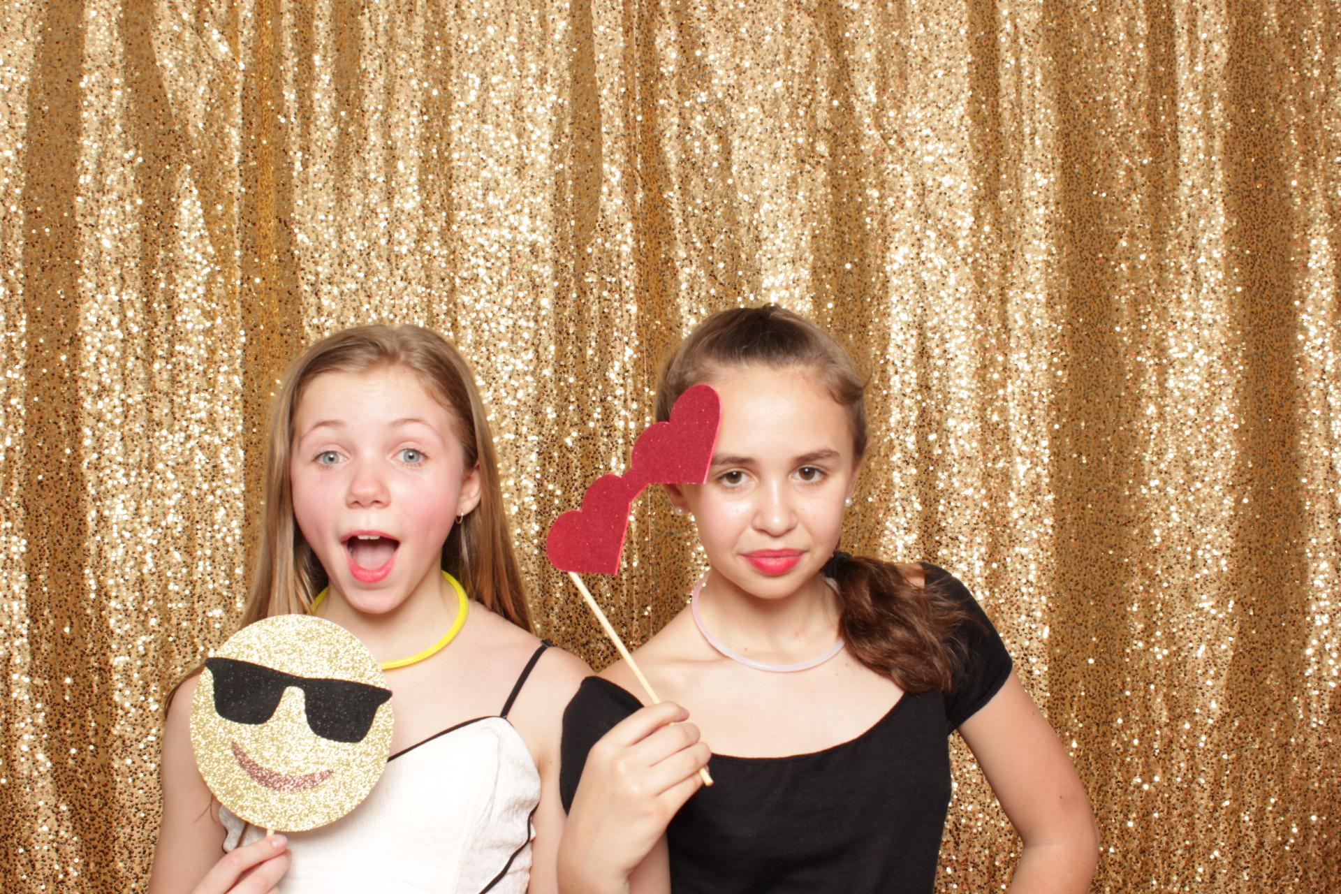 Bat-mitzvah-photo-booth-brooklyn-celebration.jpg