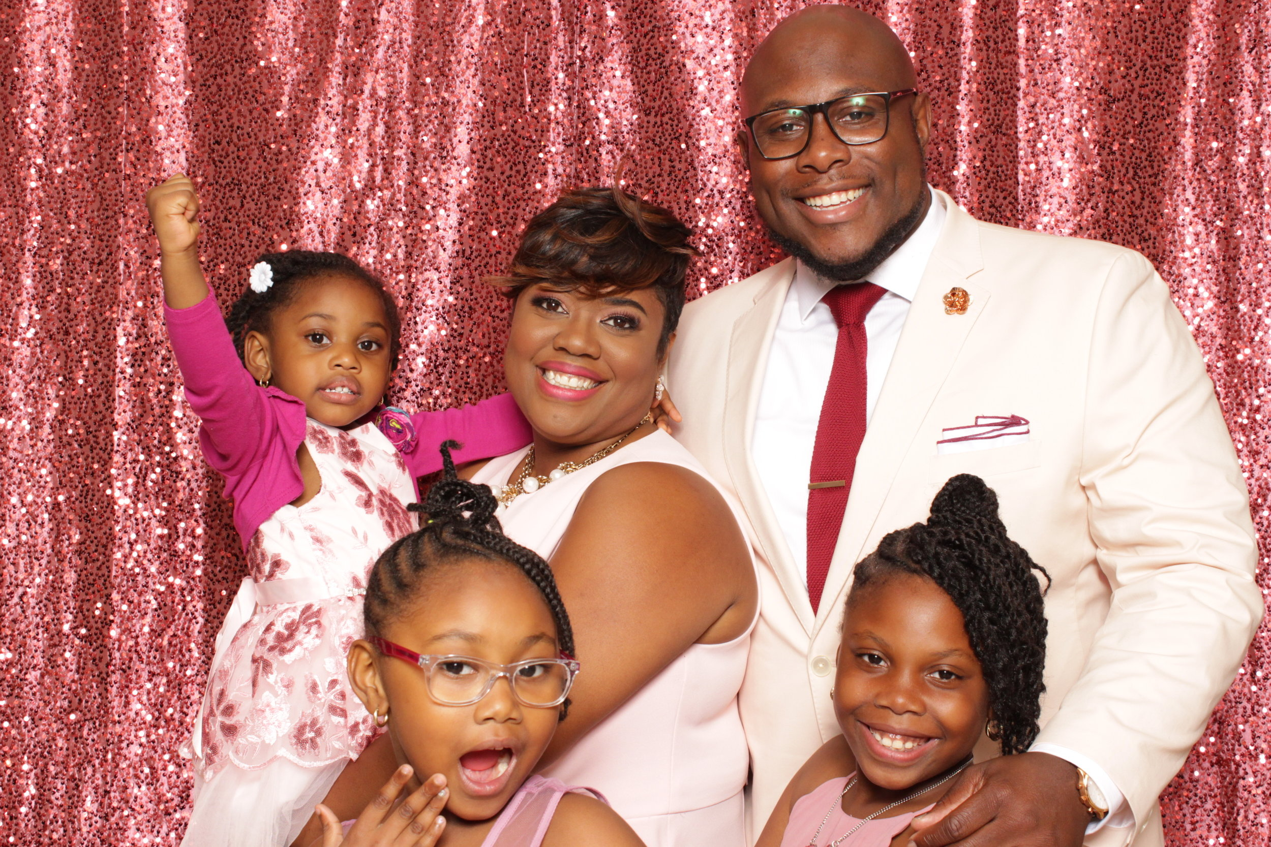 Jefferson-&-Cynthia-40th-Anniversary-JJ-Pixx-Photo-booth.jpg