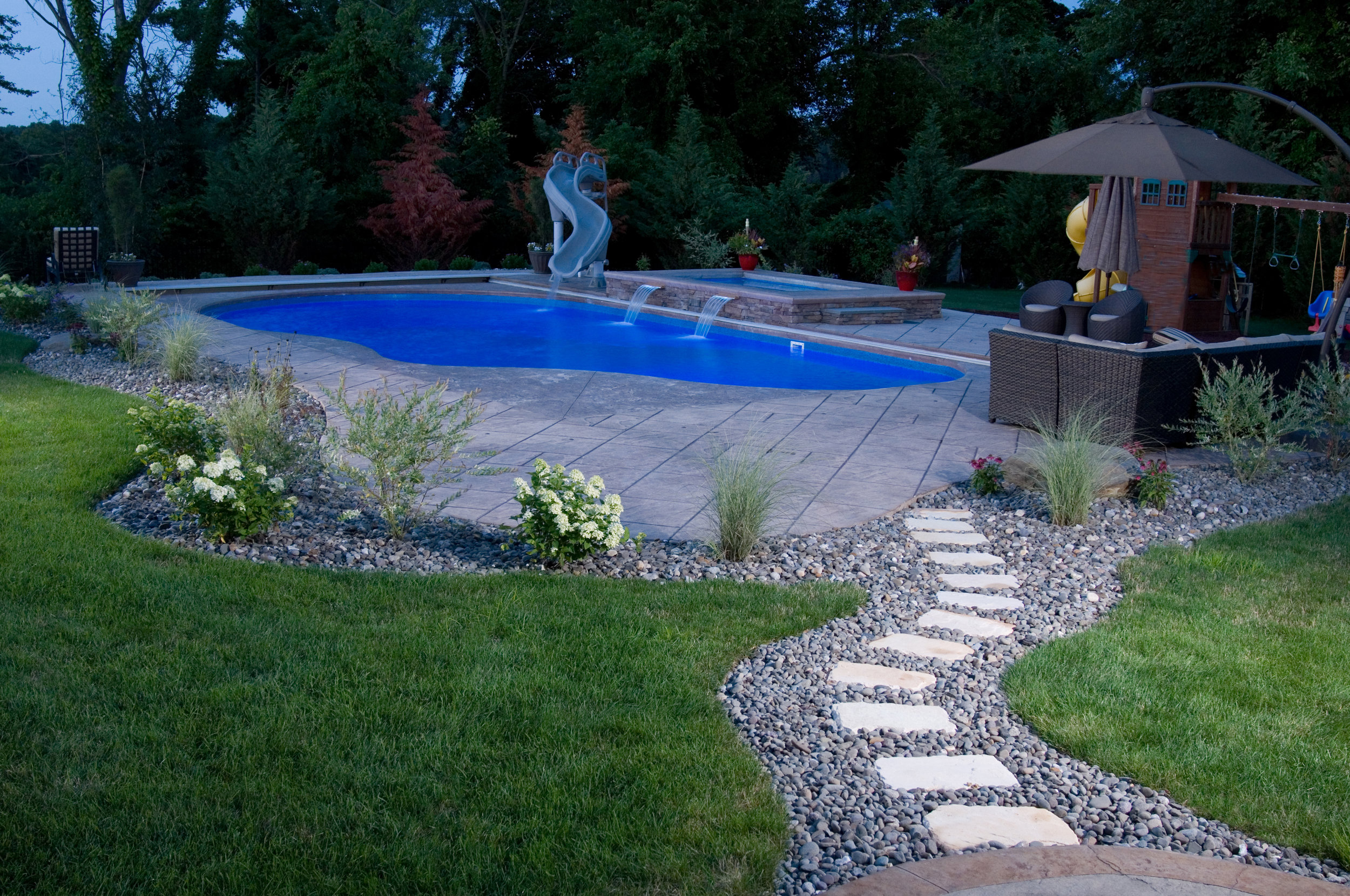 Lawn fertilization in Poughkeepsie and Wappingers Falls, NY areas