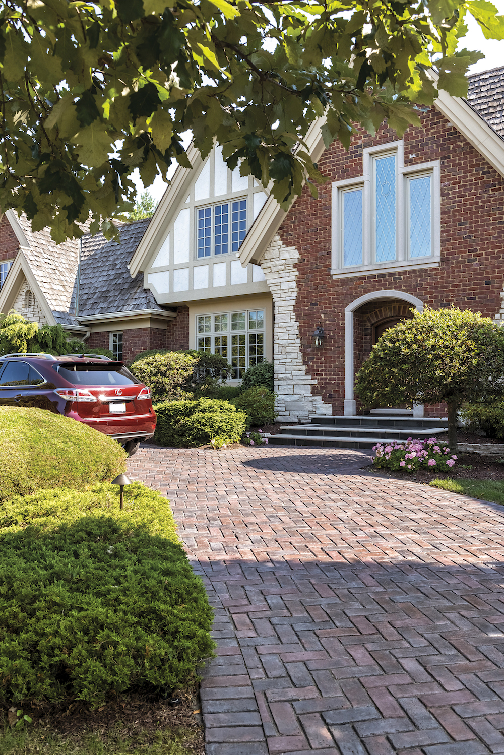 Tips for Choosing the Right Pavers for your Driveway Project in Pleasant Valley NY