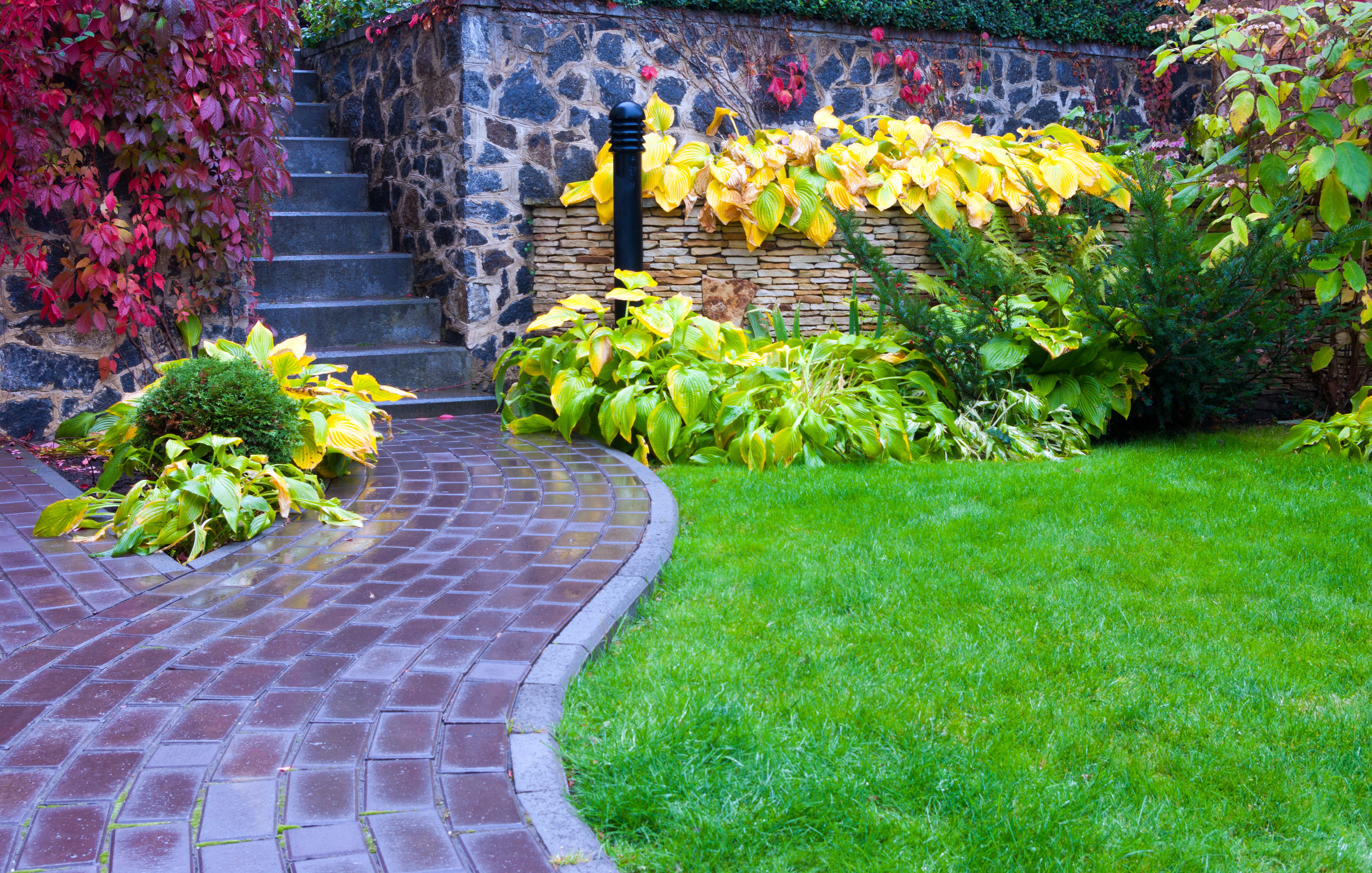 4 Wonderful Landscaping Ideas For Small Front Yards In Poughquag