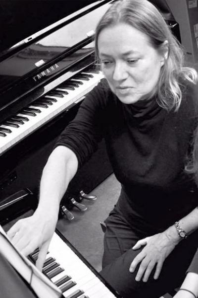 Hanne R. Nielsen - Klaver23 27 75 60Send en mail▶︎ SE PROFIL