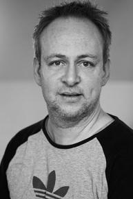 Martin Hjernøe - Trommer | SANG | Bandbasen | Guitar | Bas▶︎ SE PROFIL