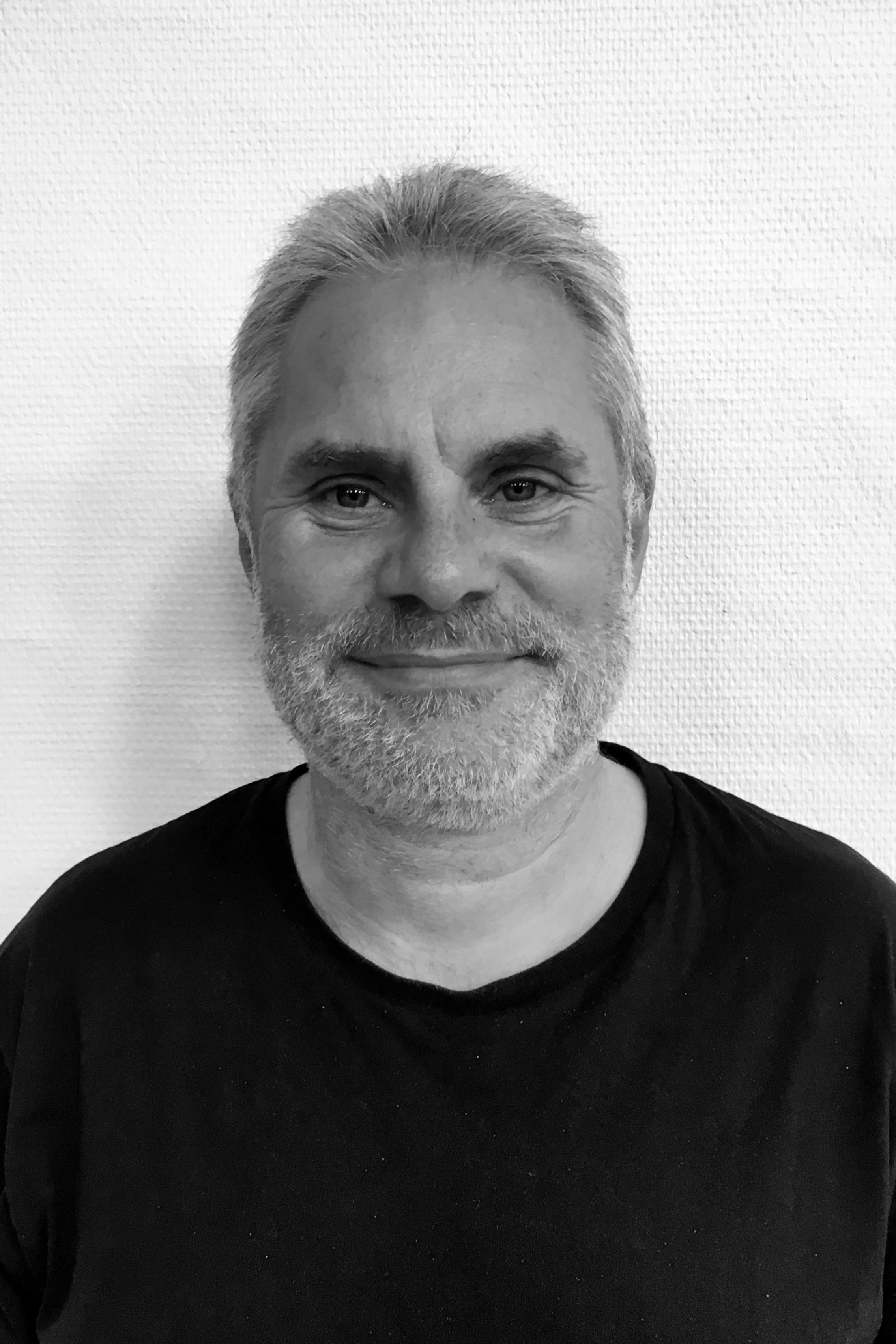 Søren bruun - KLAVER   SAXOFON   KLARINET   TVÆRFLØJTE26 80 44 46SEND EN MAIL▶︎ SE PROFIL