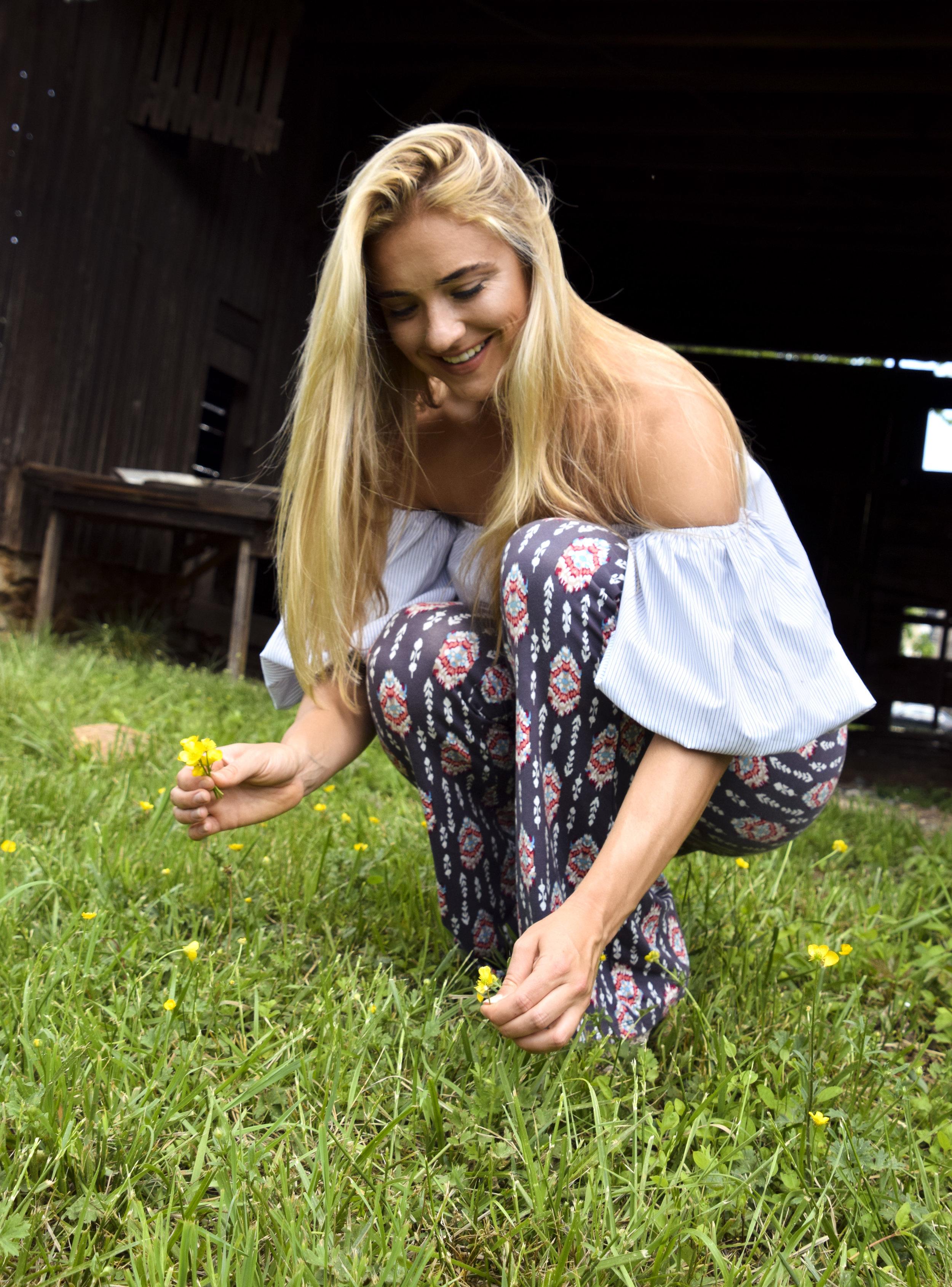 flower picking.jpg