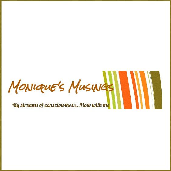 Book blogger - Monique's Musings - Lounge Books