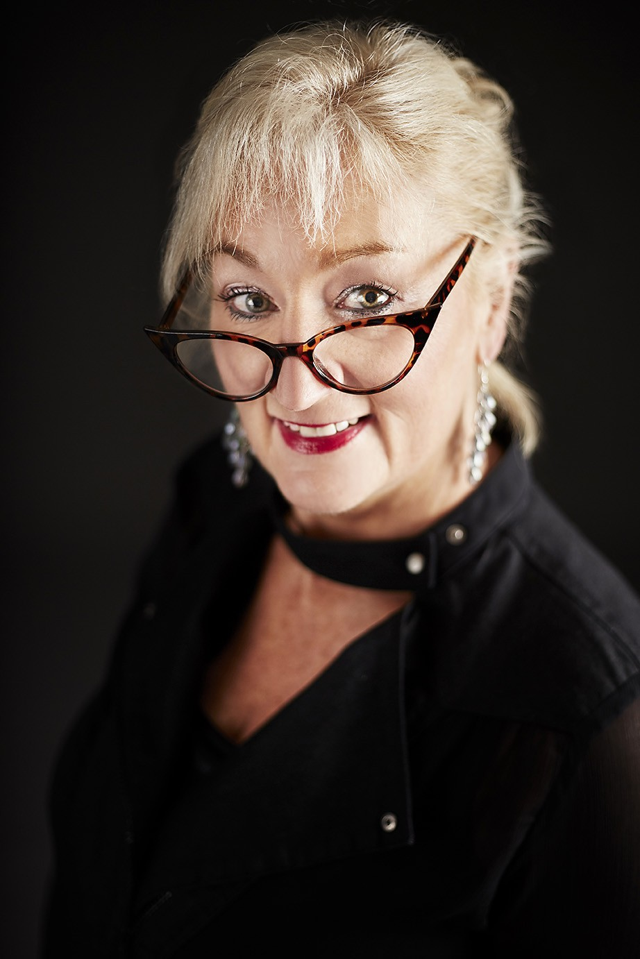 LM - Author photo - Caroline James.JPG