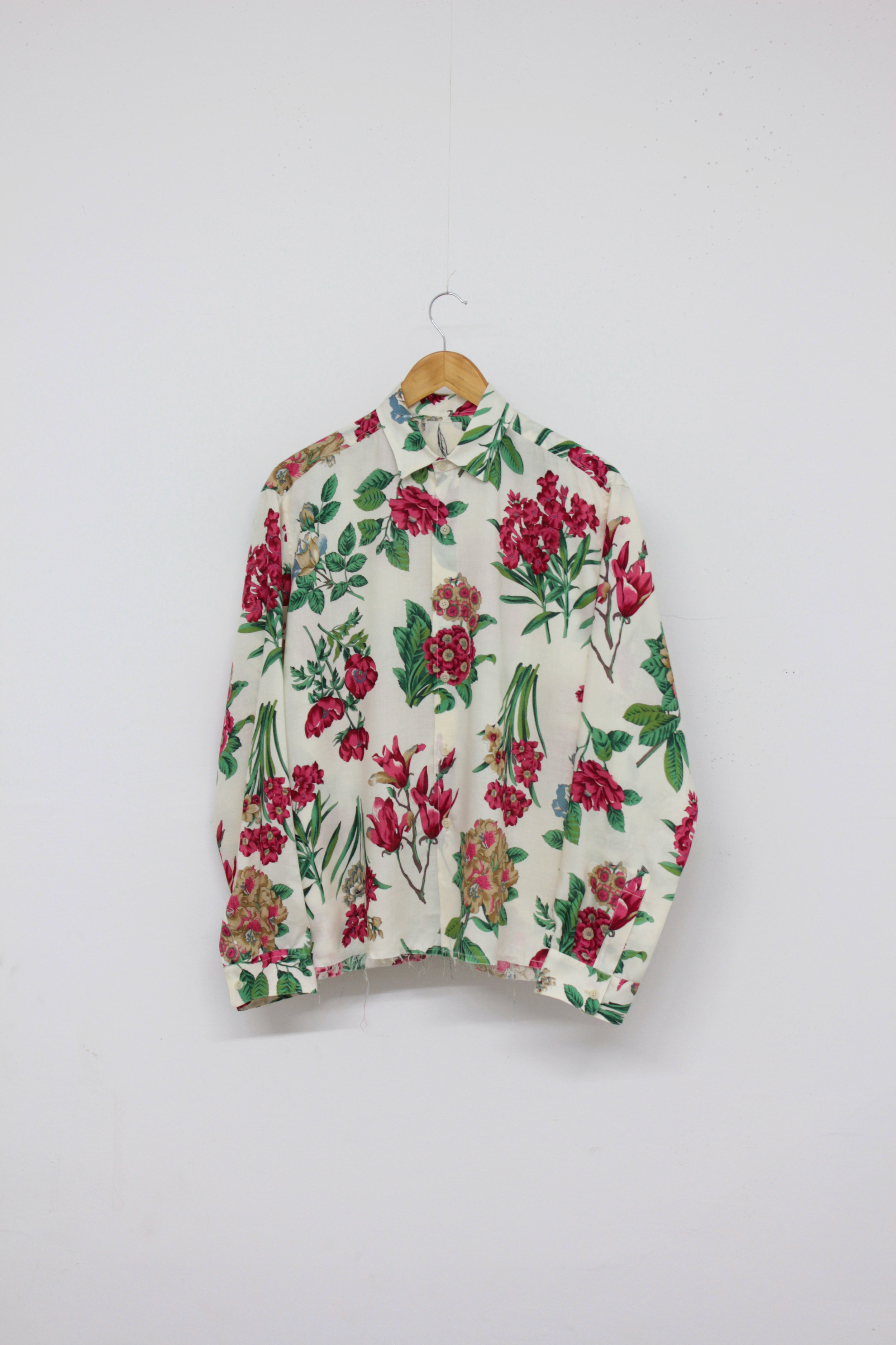 The Horticulturist Shirt - Size small in a vintage screen printed rayon.