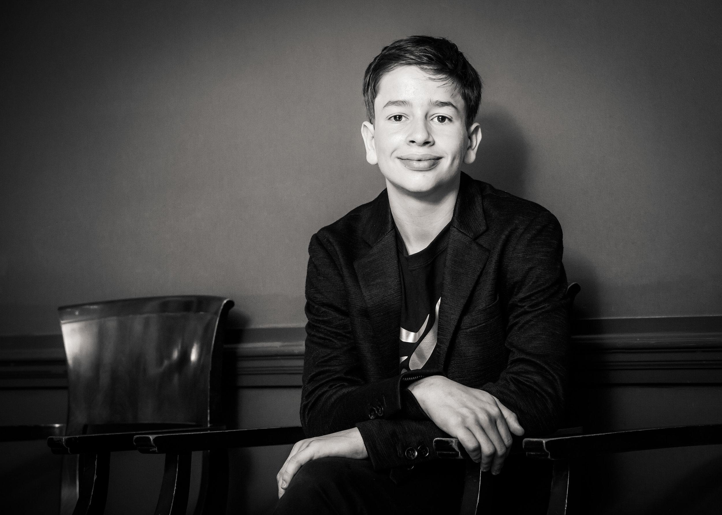 Oliver Portraits-87.jpg
