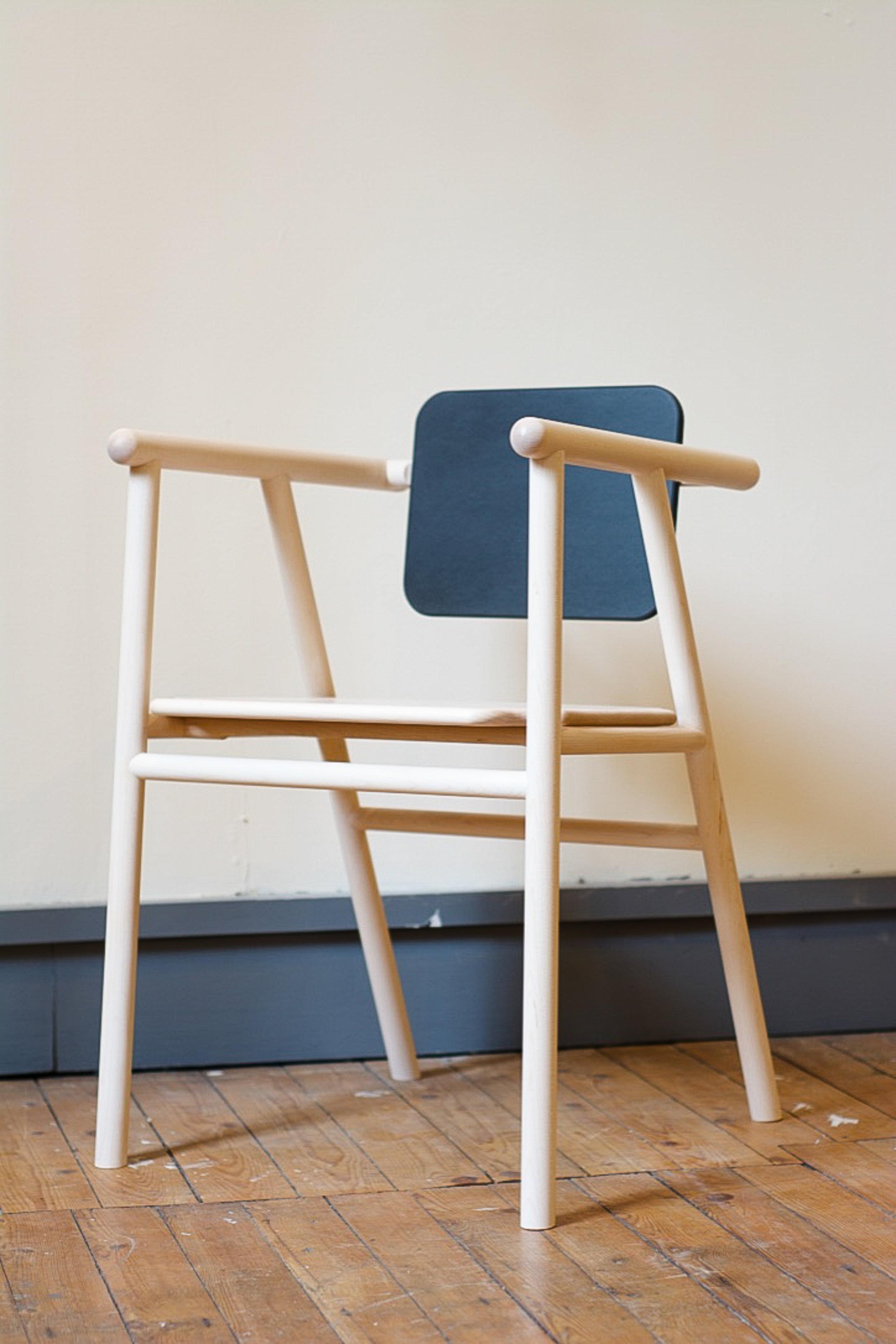 Phloem Chair 2.jpg