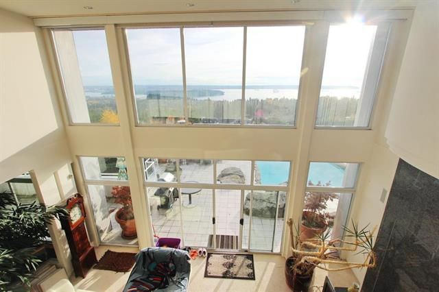 961 King Georges Way listed by Sutton Grp-West Coast (VanCam) – R2222470