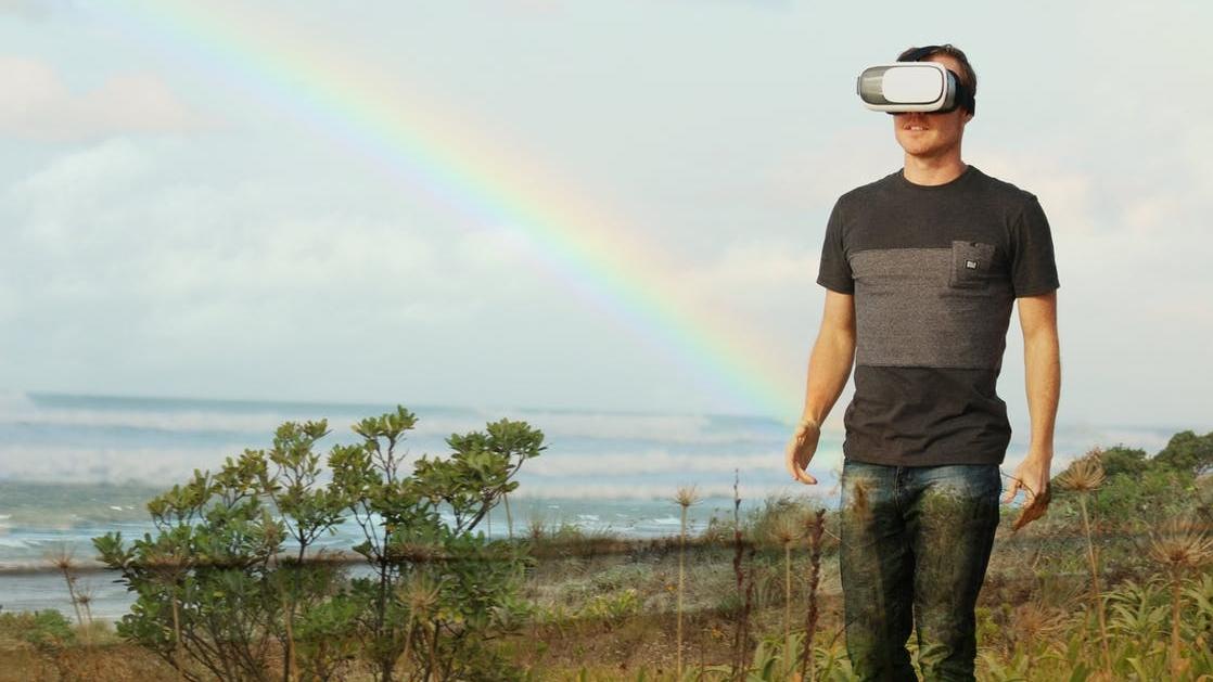 augmented reality pexels-photo-123318.jpeg