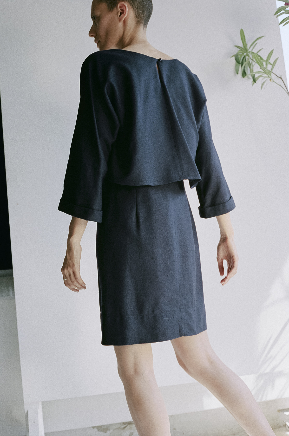 Robe 005 navy dos.jpg