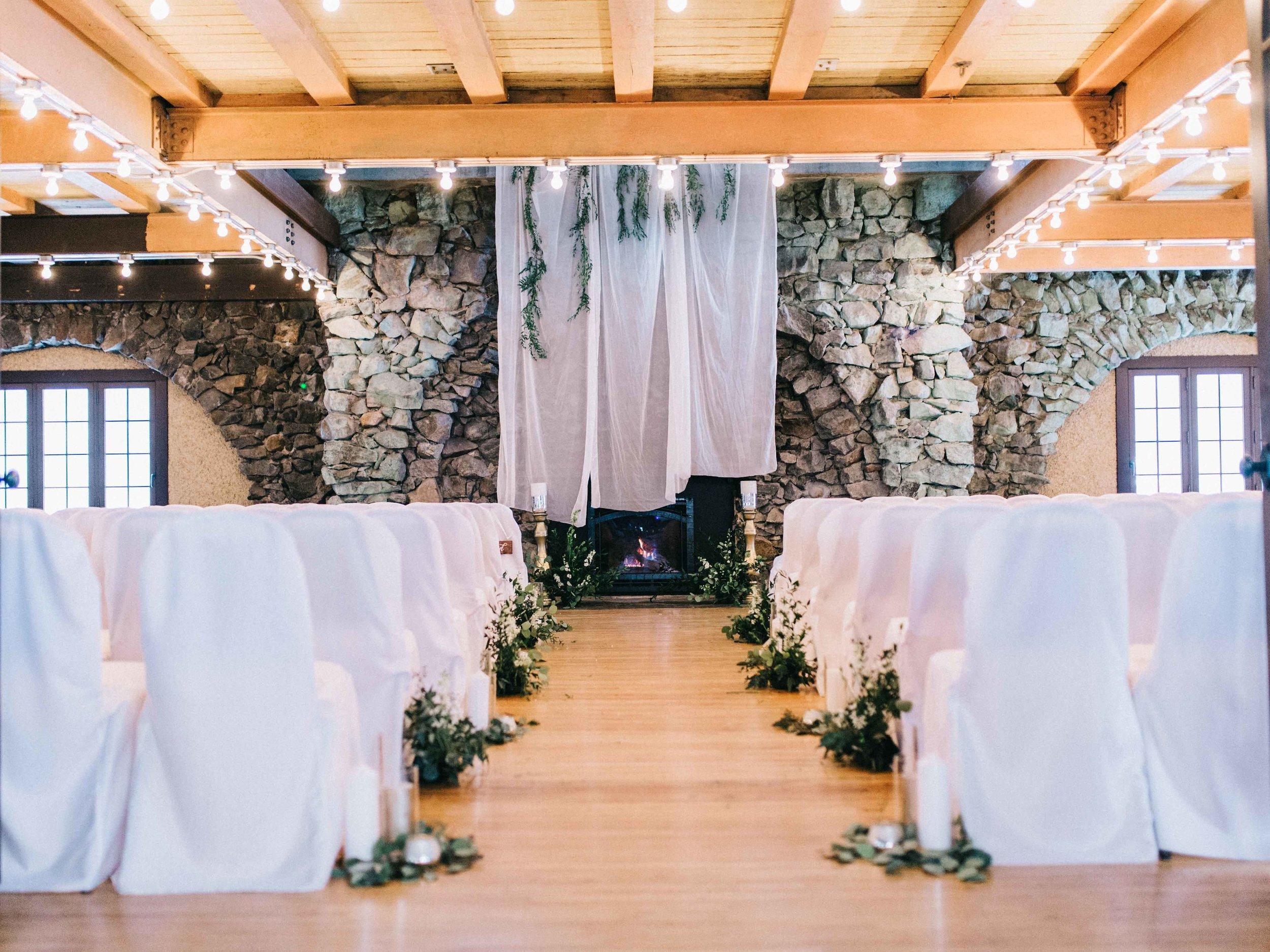 Snowy Organic Winter Wedding
