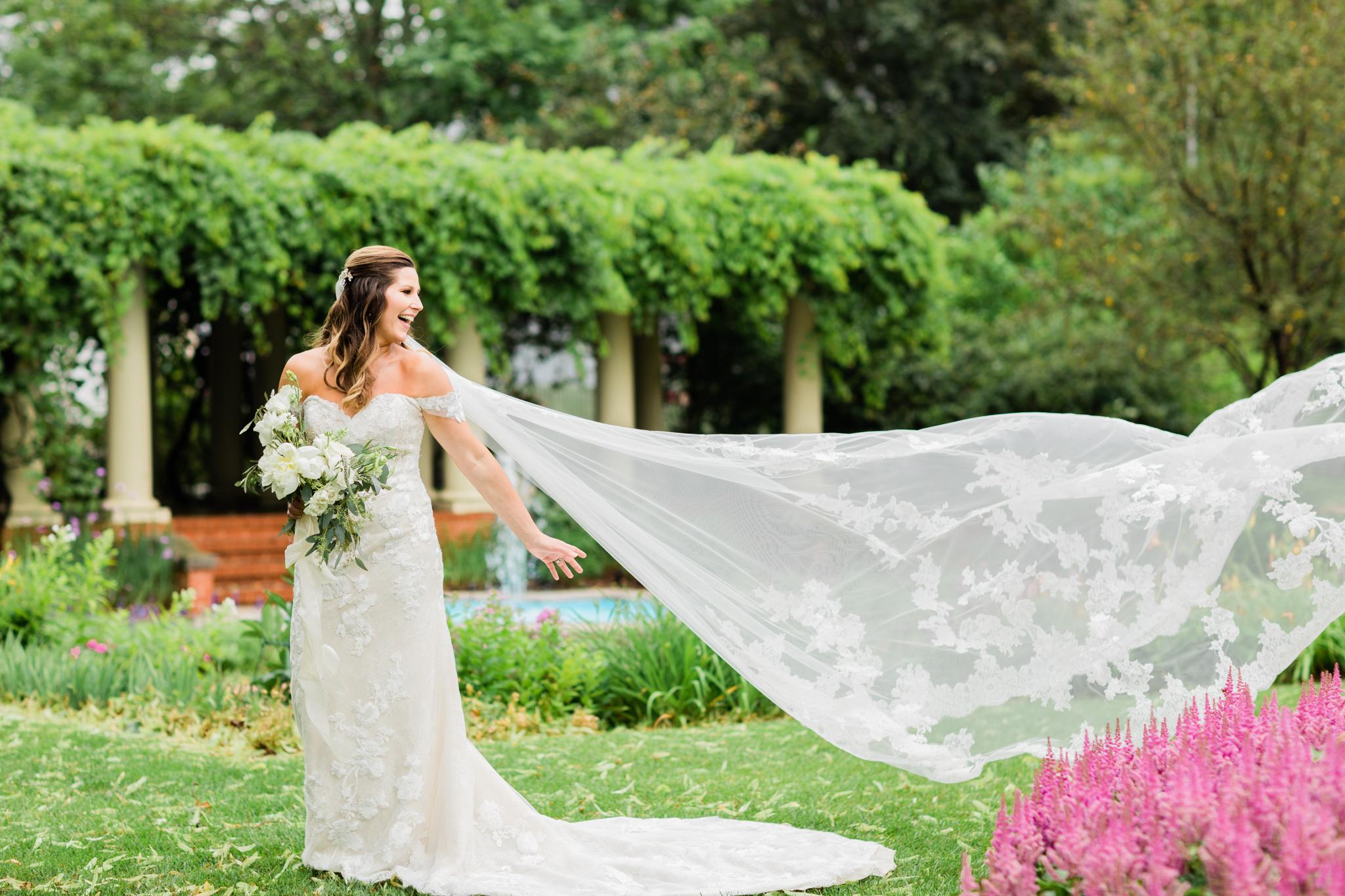 35-Katrina-Kyle-Jefferson-Inn-Wisconsin-Bride-James-Stokes-Photography.jpg
