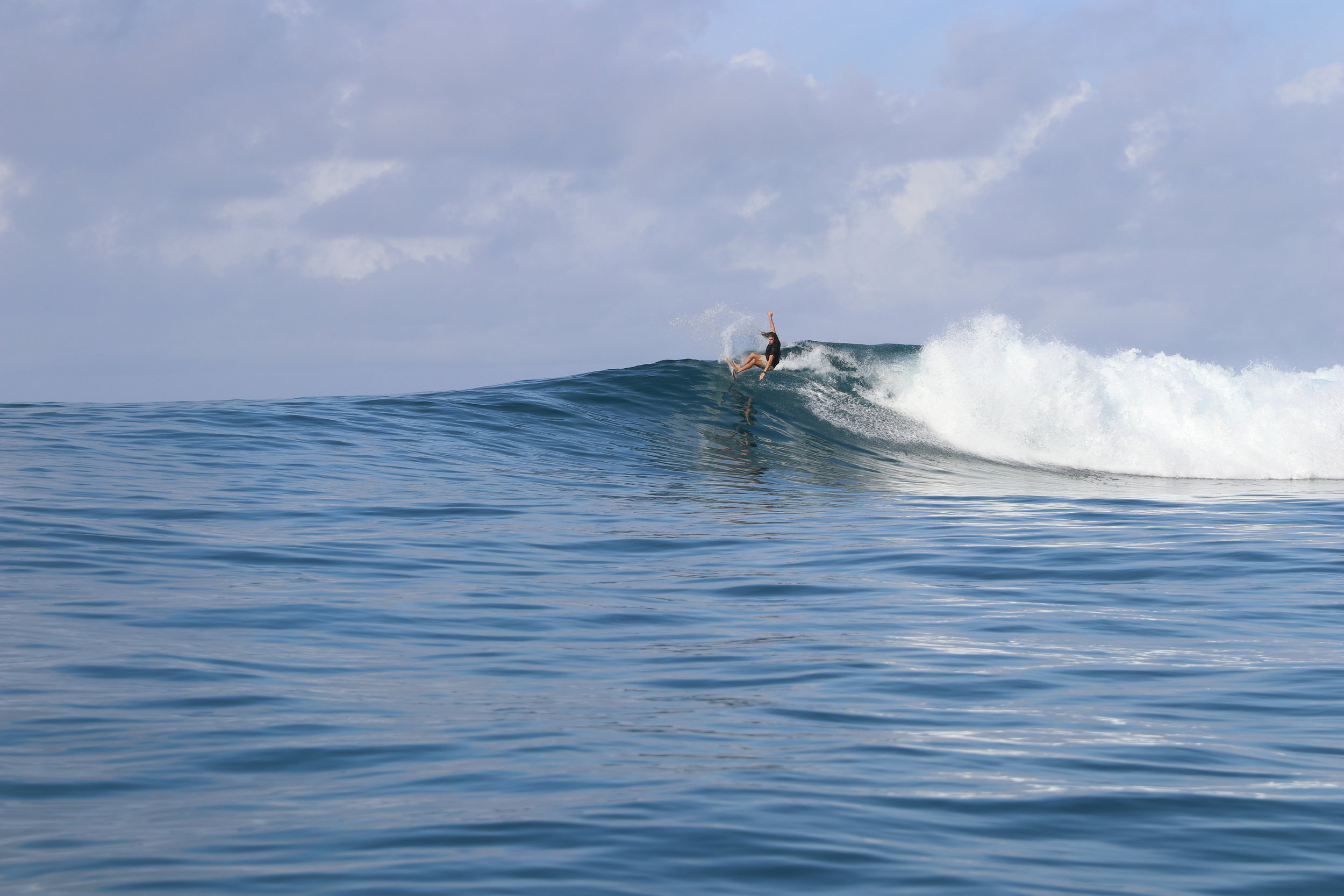A super playful right in Fiji. This was on the Coral Coast. It is less well known than the Cloudbreak area, but still has plenty of good waves without the crowds.