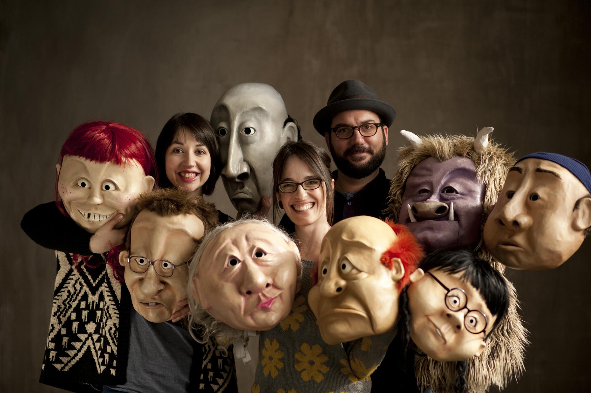 The-Wonderheads-Emily-Windler-left-Kate-Braidwood-center-Andrew-Phoenix-right-Photo-courtesy-of-DesignEgg.jpg