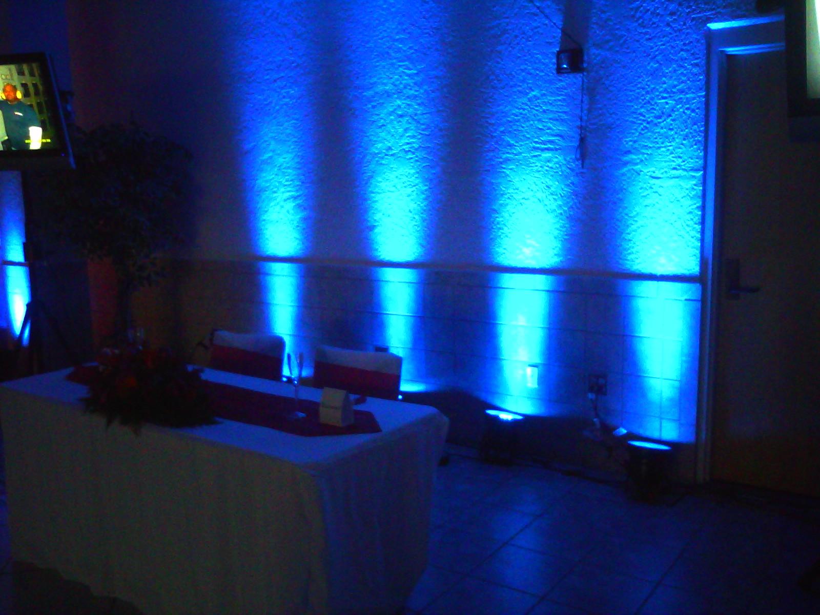 4 blue up-lights