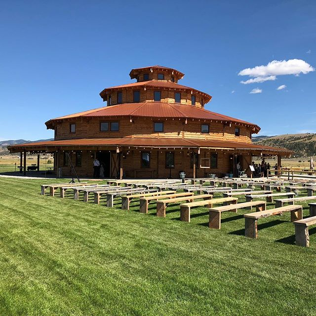 "Our first time out at Headwaters Ranch last weekend was amazing! Legitimately said, ""wow"" out loud to myself as I pulled in! . . . . #beautiful #venue #weddingvenue #wedding2018 #wedding #dj #weddingdj #joesdjservice #montana #montanawedding #countrywedding #viewsfordays #architecture #barn #outdoorceremony"