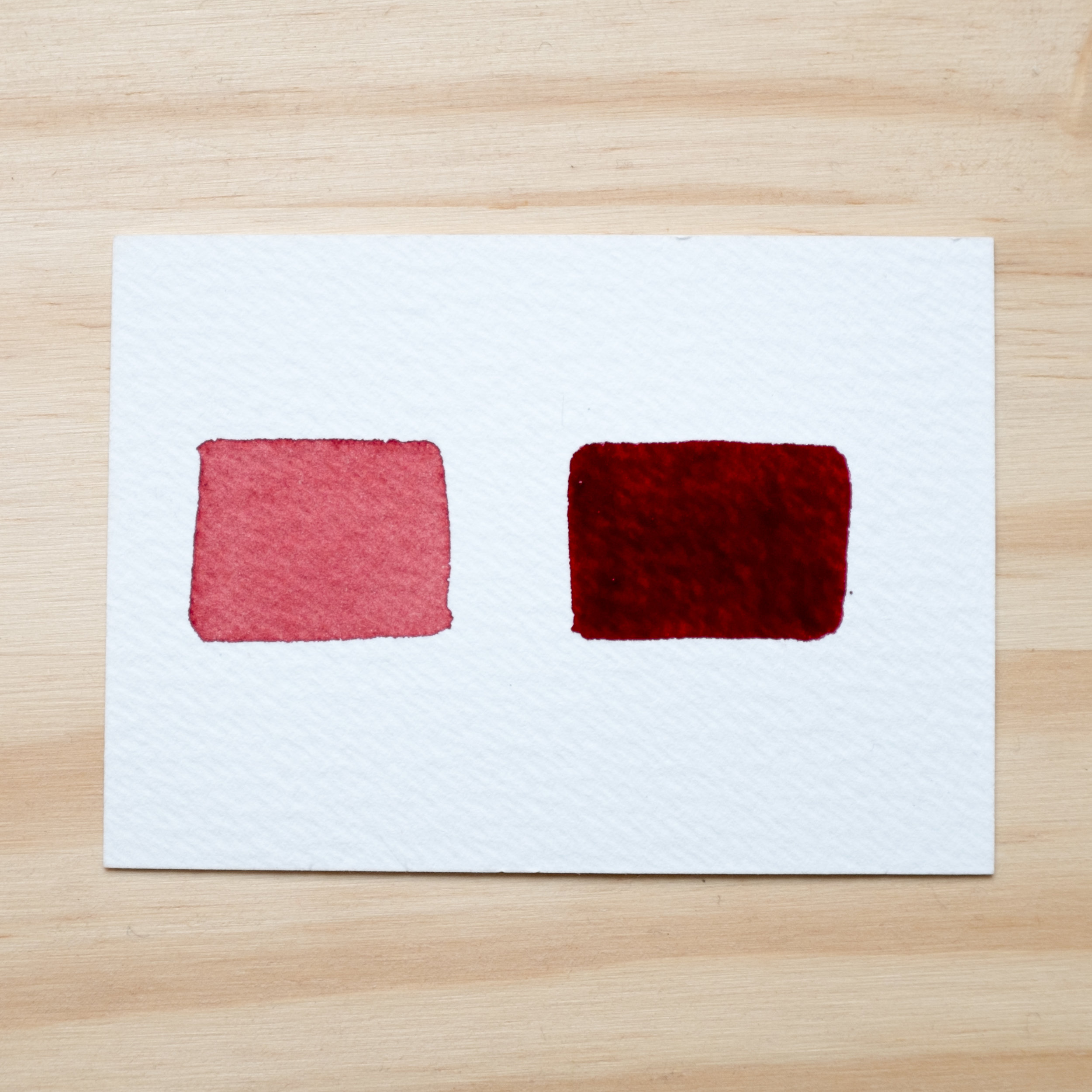 Dry Perylene Maroon on the left, and wet perylene maroon on the right with heavier pigment load