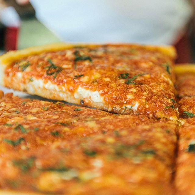 A pizza slice to make everything nice! Stop by @difarinapizza for some fresh pizza!  #DiFarinaPizzaria #italianfood #italian #yummy #pasta #pizza #dinner #lunch #NJ #Cranford #ScotchPlains #Fanwood #Garwood #Clark #NewJersey