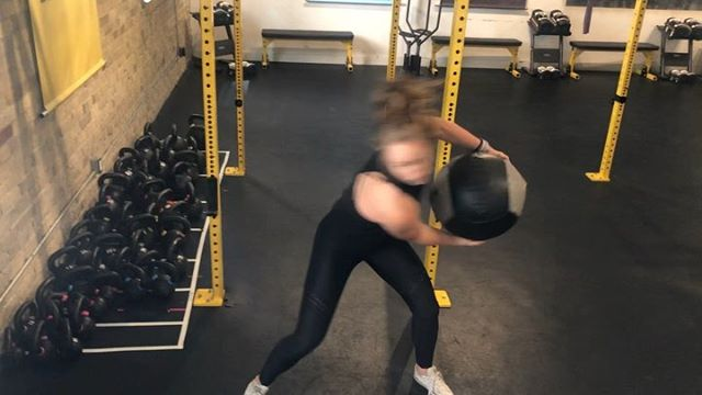 #workoutwednesday… on a Thursday . Today we wanted to share the fact that even as trainers, we have our own trainer. . . @sylvietetrault and I are lucky enough to get monthly programming and direction from @championshiplifestyle. . . Why? . . Being a professional in the industry doesn't make us immune to sometimes lacking motivation. Having a coach of our own holds us accountable. . We may be well versed in what we do, but seeing programming through someone else's eyes gives us new perspective and helps us improve as coaches for our own clients - Everyday is an opportunity for more learning 🤓! . Having someone else tell us what to do forces us outside of our comfort zone and prescribes movements we might not necessarily think of or want to do otherwise ...There is also a hefty chance we'd just end up doing front squats, pull ups and KB play every single day. Oops 🤷🏼♀️ . . And honestly, there really is something to be said about how nice it is to have someone else making the decisions for you. At least twice a week we just have to show up and get to it 💁🏼♀️ . I want to make mention too that Sylvie and I are lucky enough to have each other as coaches day to day through our training sessions. We are there with immediate form feedback, suggestions and encouragement - not to mention a little dose of healthy competition 👩❤️💋👩 . Today was day two of our newest program. Videos follow the order of activations through to finishing core work. Check it out! 💪🏻 . Also, can we talk about how on point my hair was🙈. . . #ginjaninjas #gnstrengthseries #whatsabenchpress? #trainersneedtrainerstoo