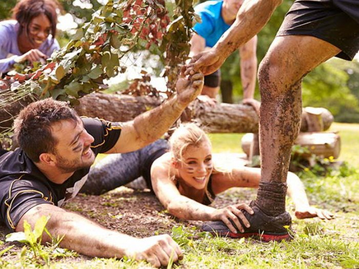 assault-course-team-building-event.jpg