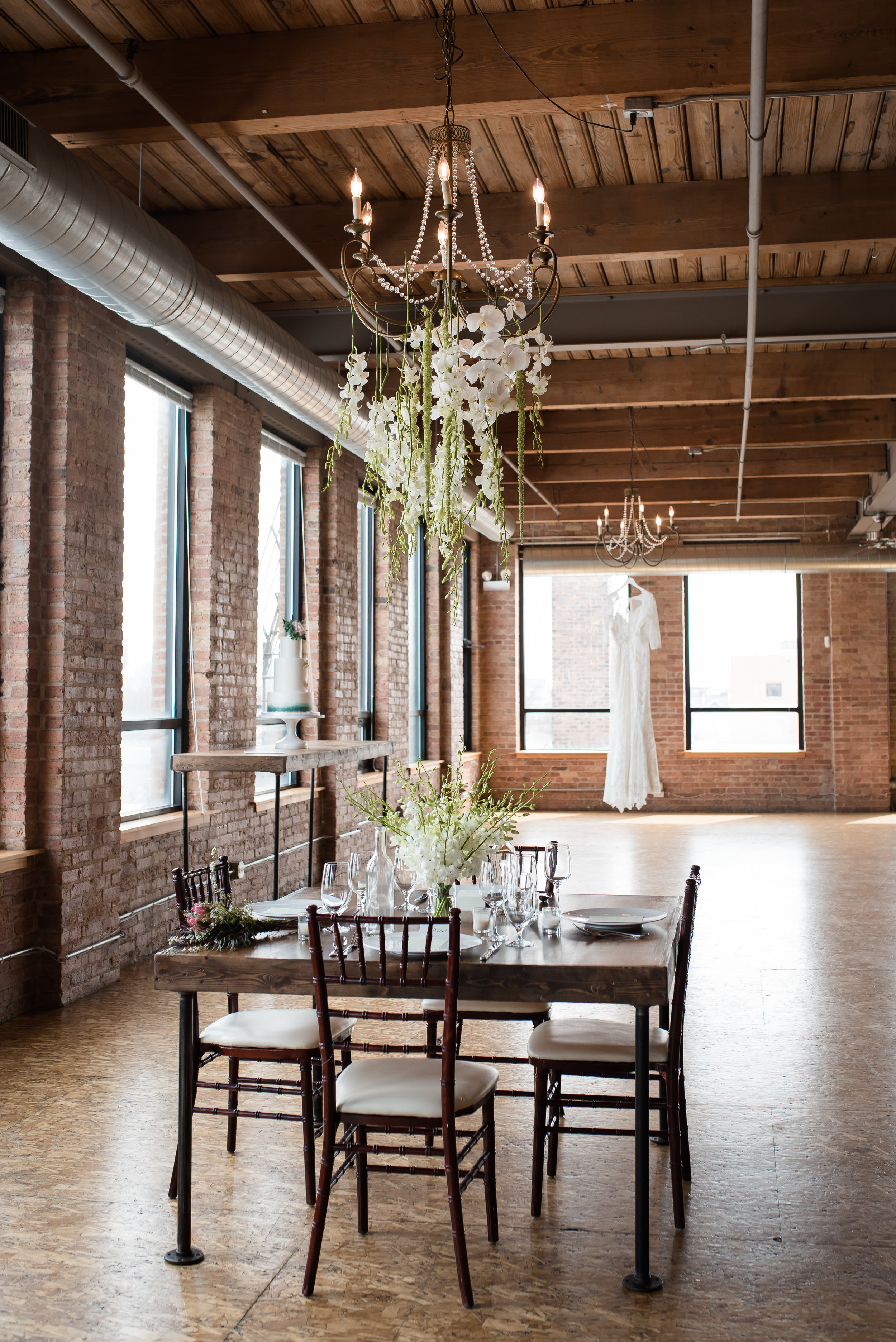 City View Loft in Chicago is the perfect event space with lots of great windows and a view of the city.  Plus, it is a great size with tons of flexibility.