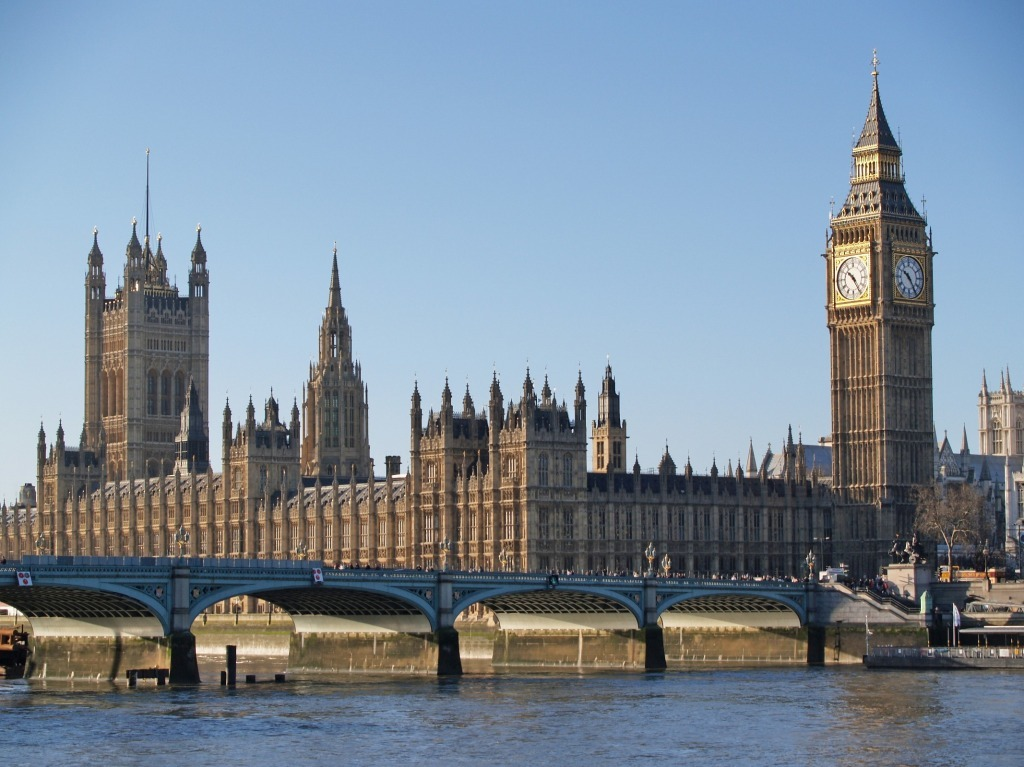westminster-palace-and-big-ben-clock-tower-1024x767.jpg