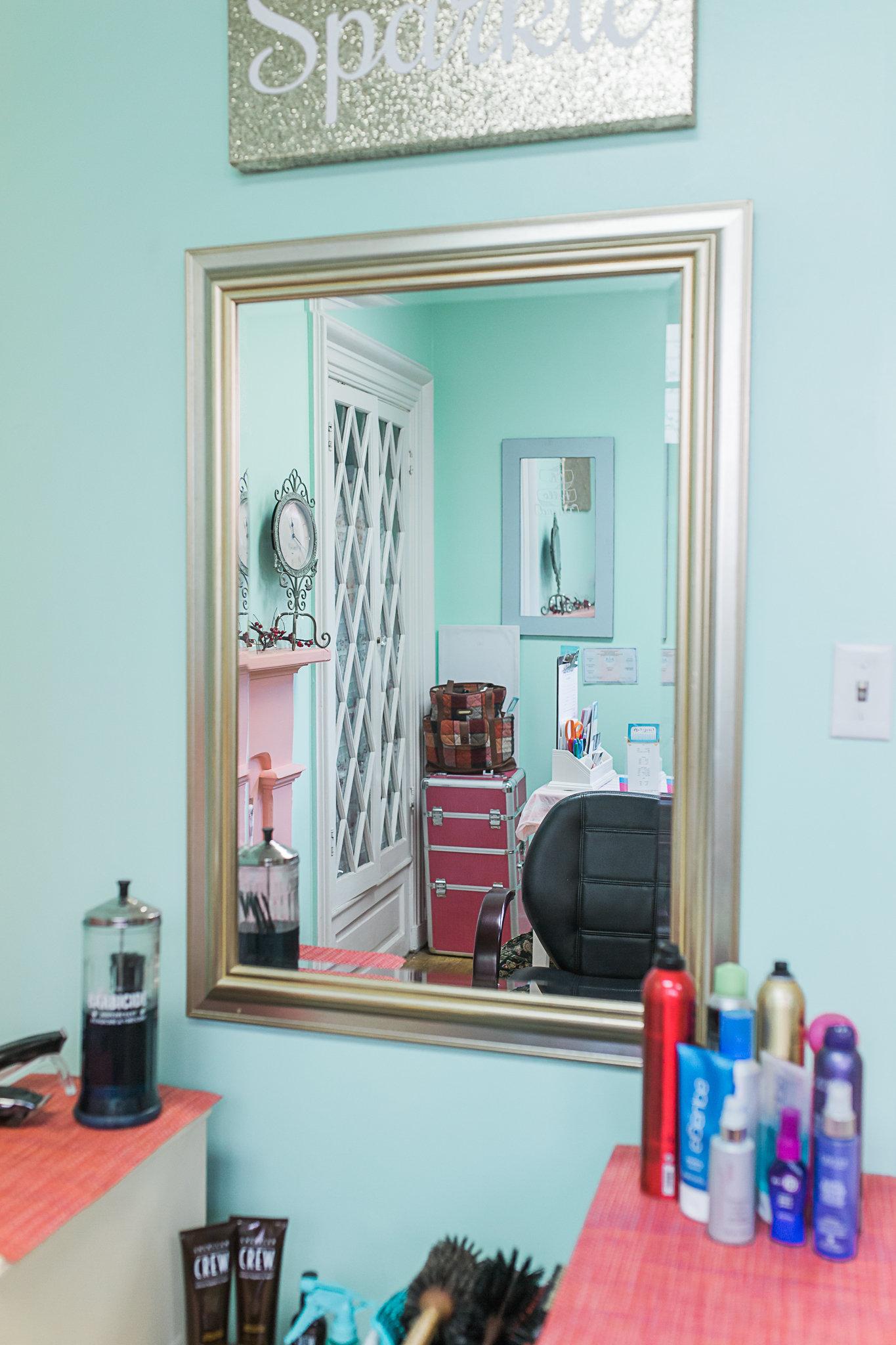 Caviar & Curls Hair & Makeup Mirror