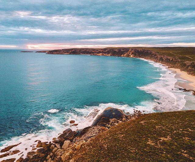 KI, you're rugged coast line and turquoise water makes me go coo coo 💙