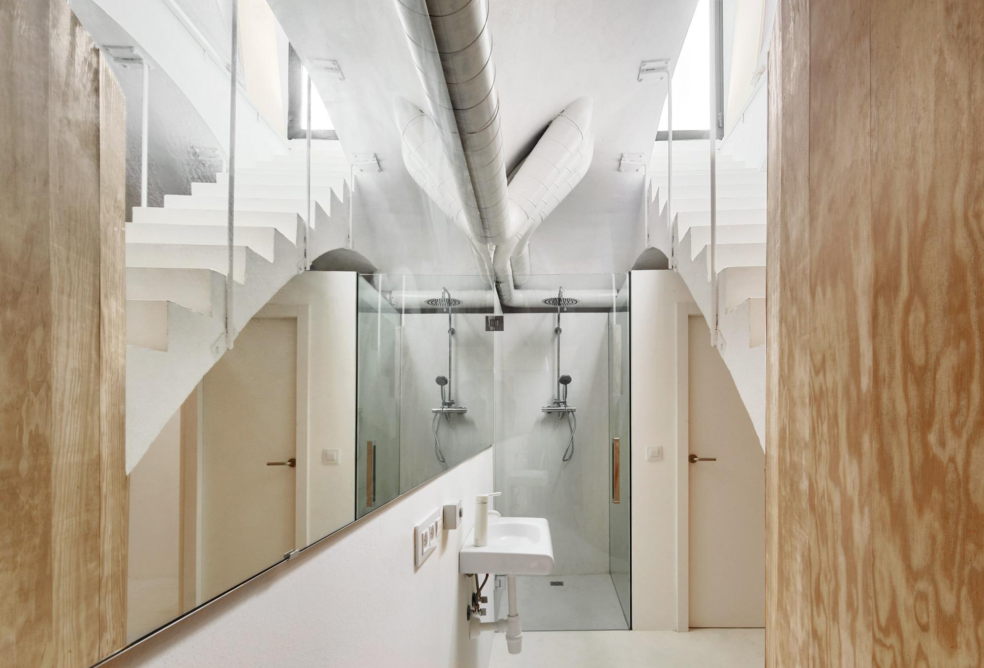 Apartment Tibbaut by RAS Arquitectura on Anniversary Magazine