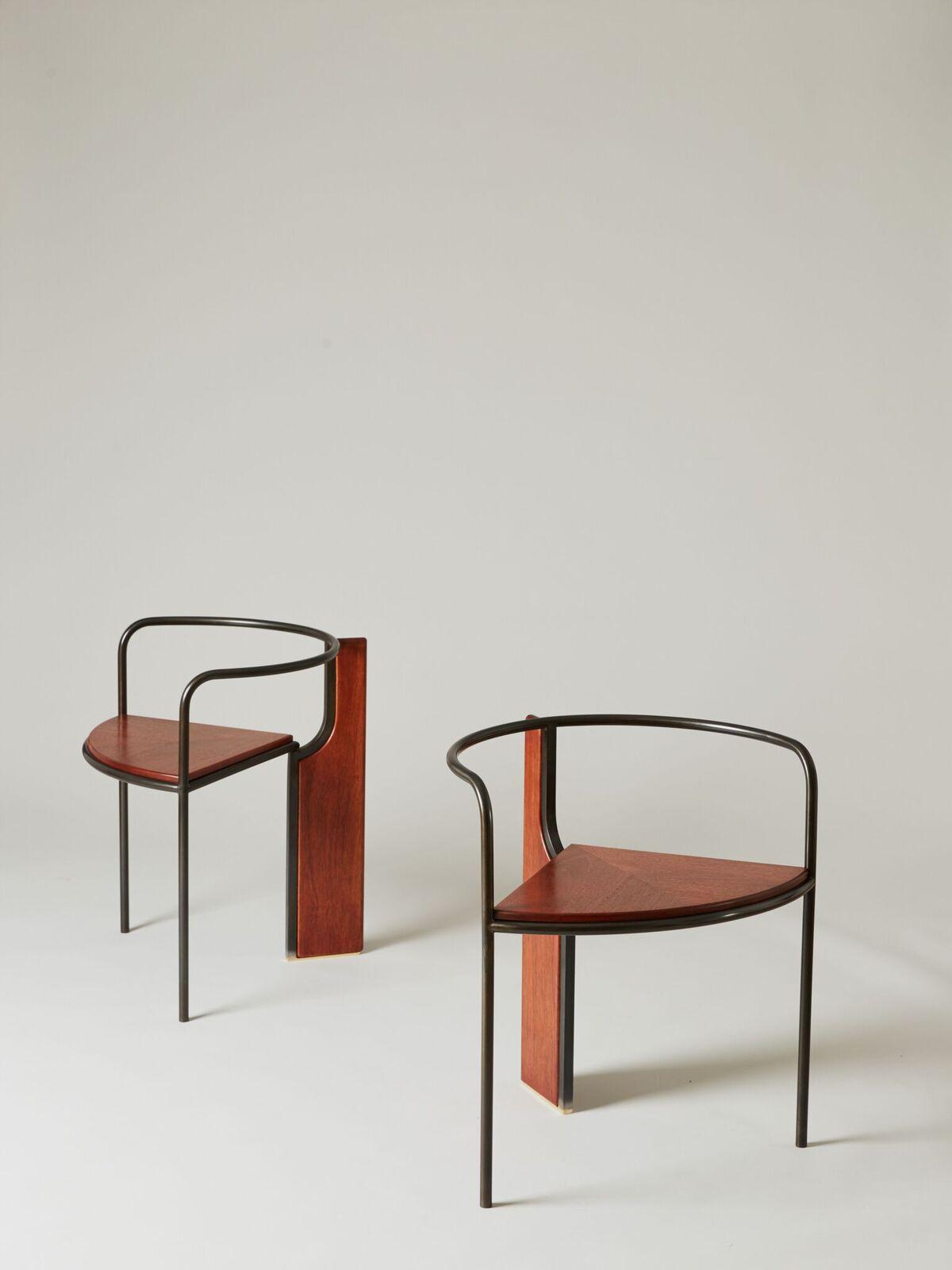 PELLE Design Studio - The  Fin Chair