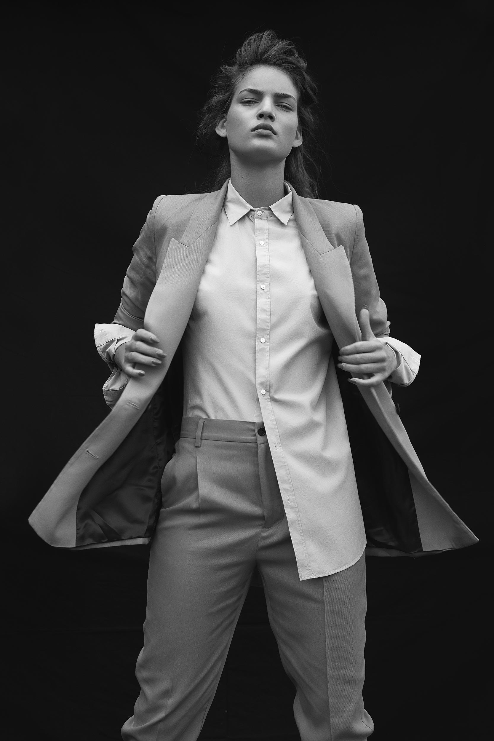 Photographer Laura Palm on Anniversary Magazine 26.jpg