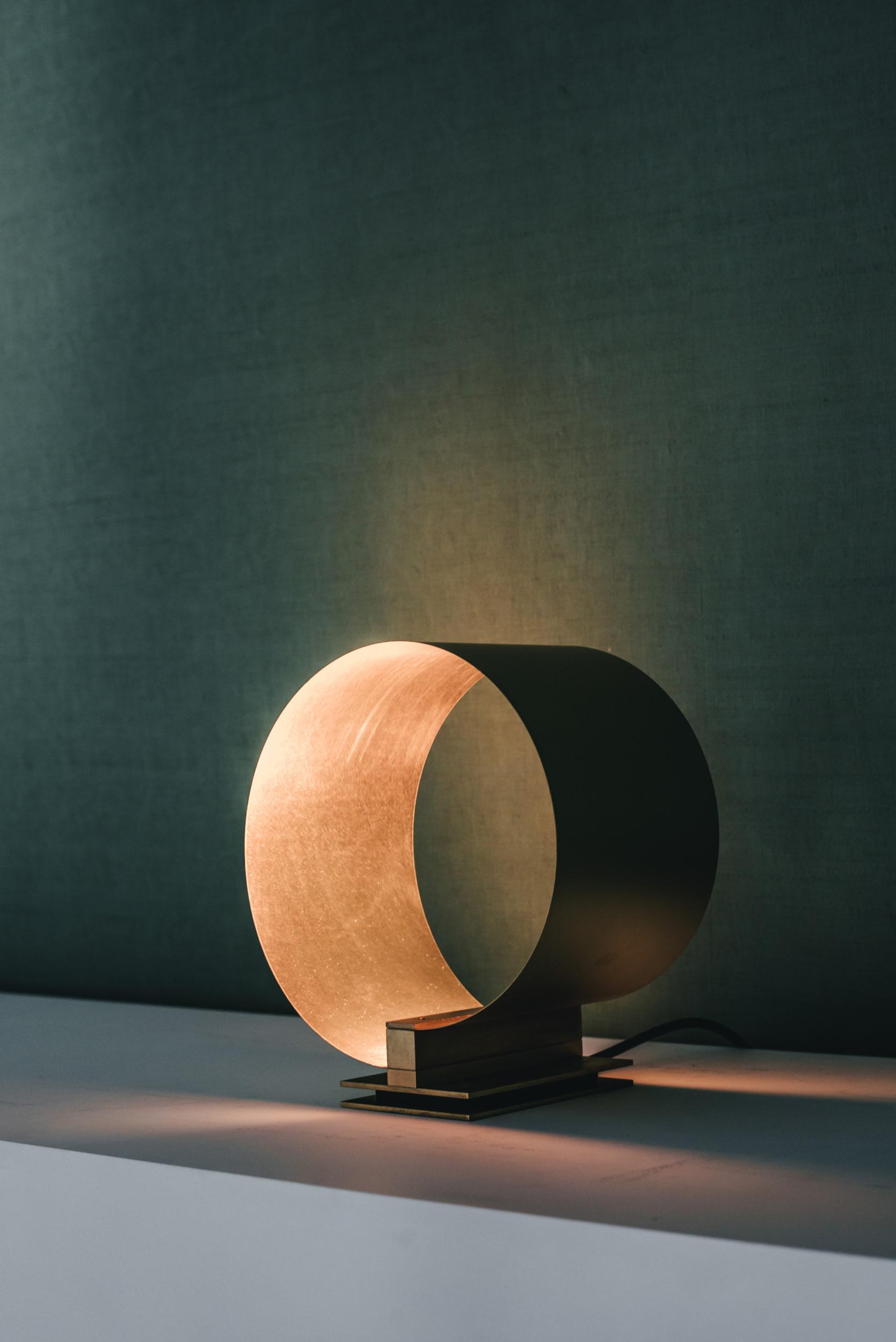 Hector Esrawe, Lamps Parabola