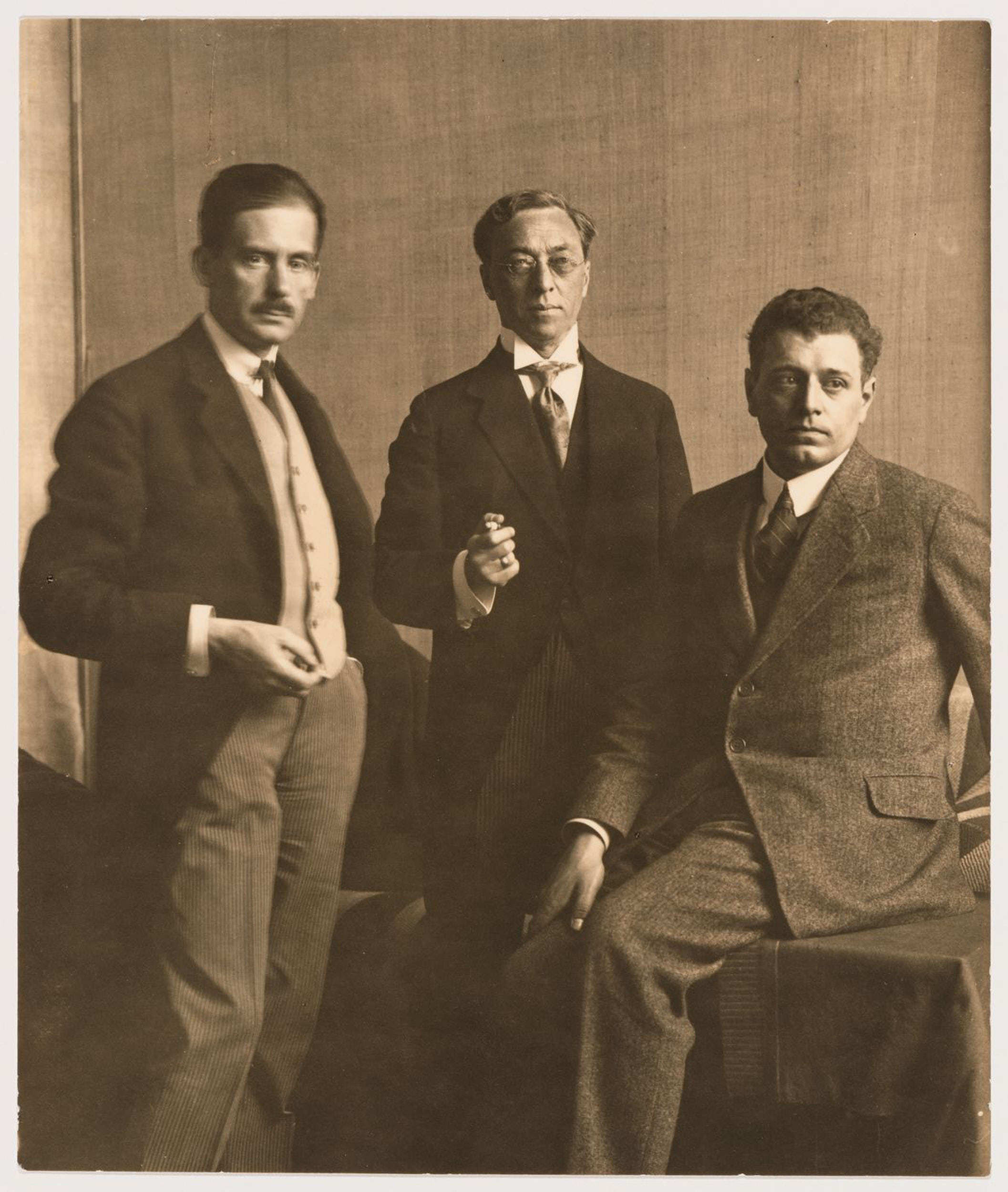 Portrait of J.J.P. Oud, Wassily Kandinsky and Walter Gropius at the Bauhaus Exhibition of 1923 in Weimar, Germany — Collection Centre Canadien d'Architecture/Canadian Centre for Architecture, Montréal