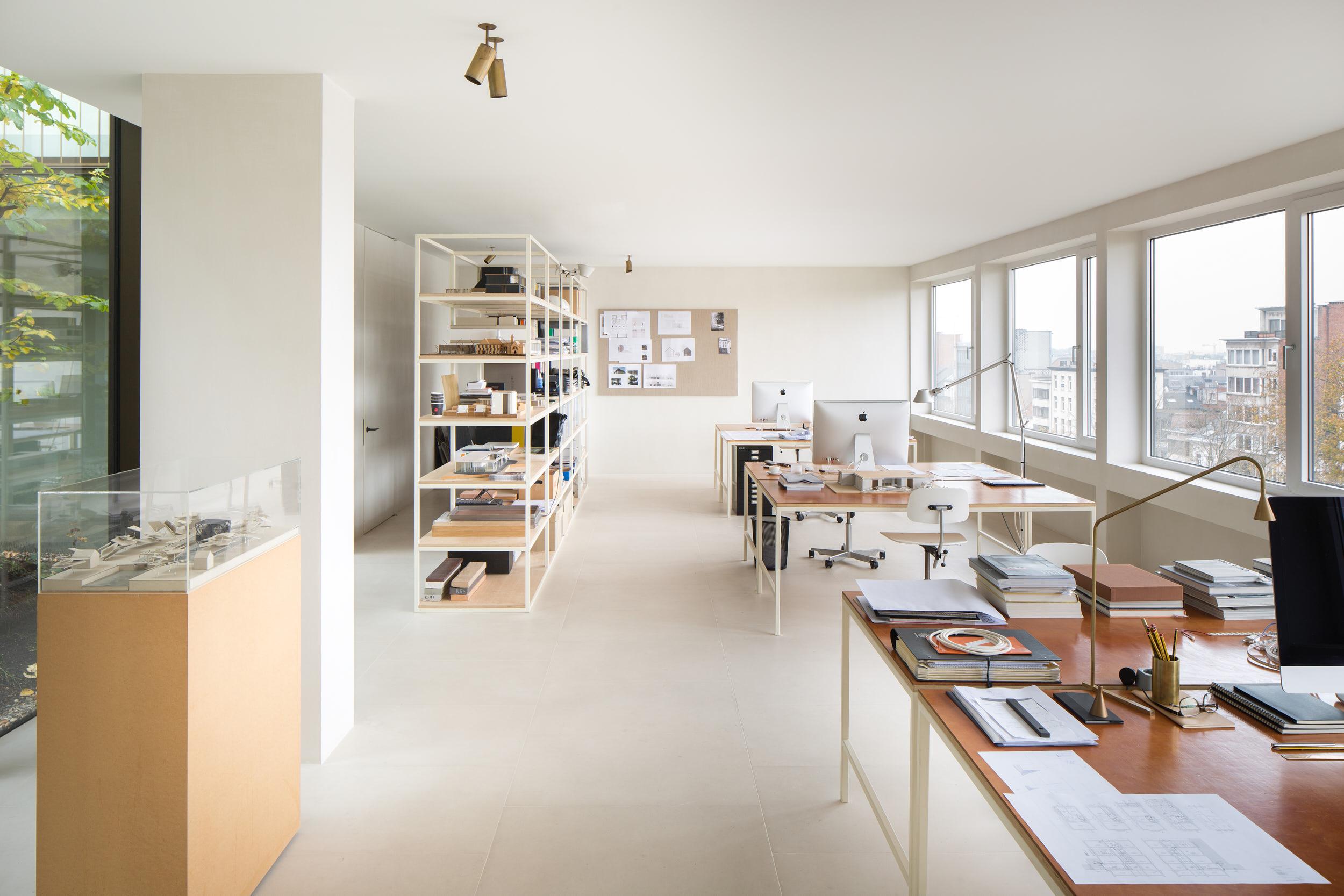 Penthouse Antwerpen by Hans Verstuyft Architecten on Anniversary Magazine
