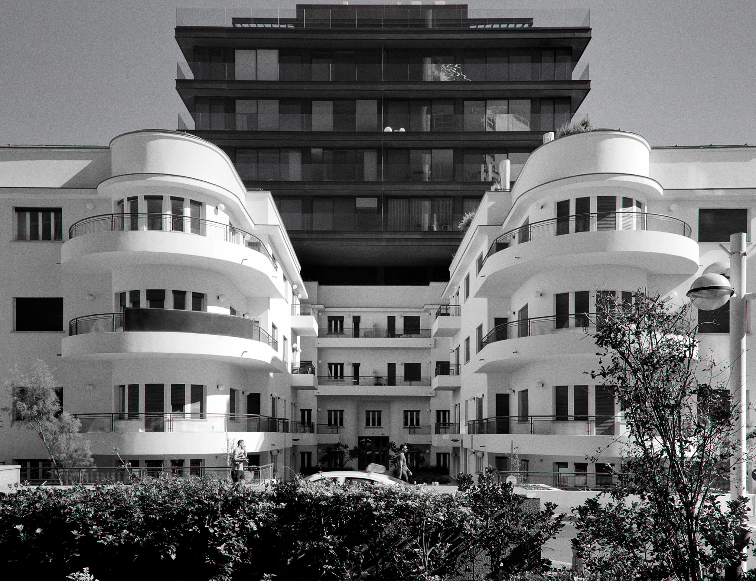96 Ha-Yarkon St. by Amnon Bar Or —Tal Gazit Architects - Image by Avi Levi