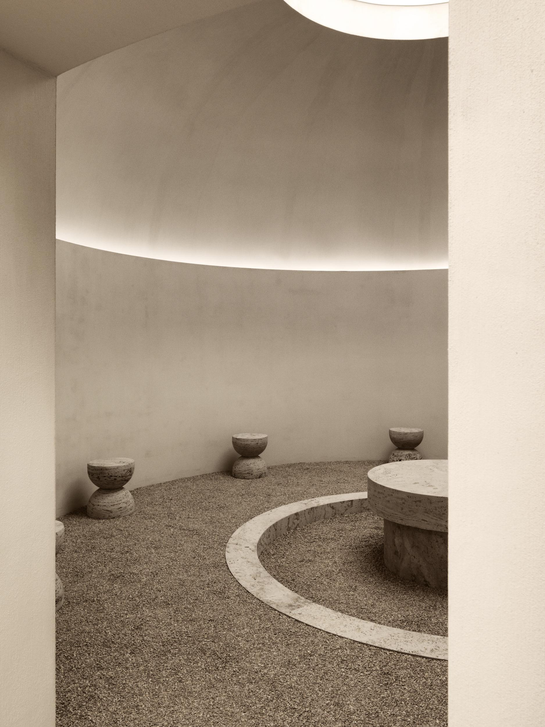 Hullebusch, Biennale Interieur by Nicolas Schuybroek — Image by Claessens & Deschamps