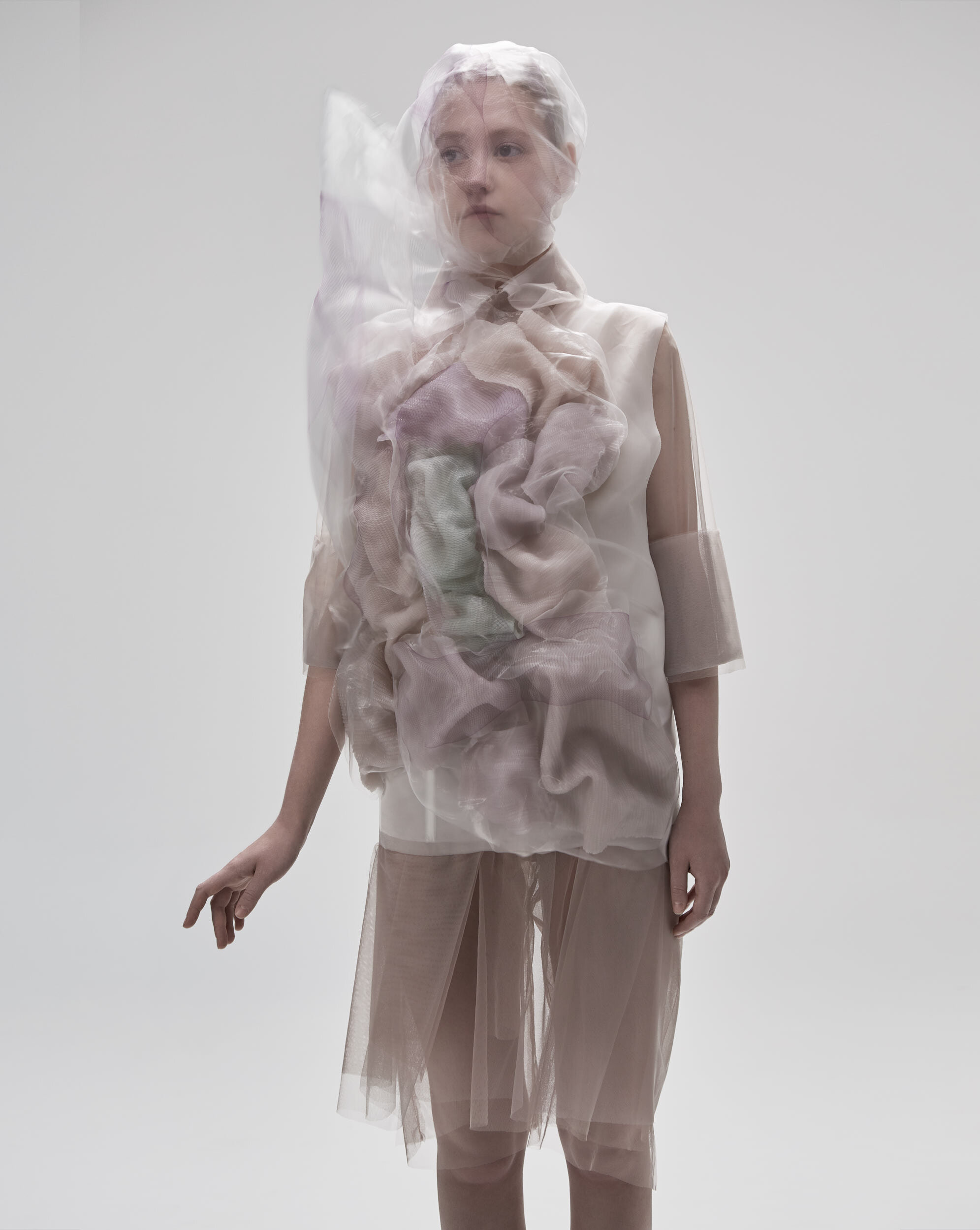 Clothing Reacting to the Chromatic Spectrum — Q+A with Ying Gao on Anniversary Magazine