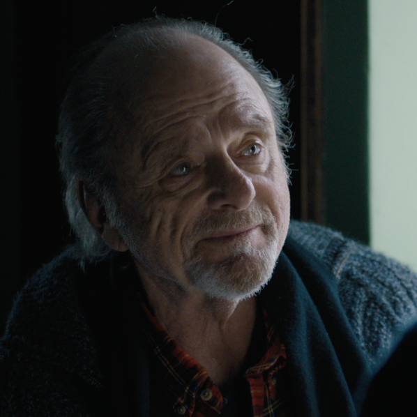 Harris Yulin as Lionel ( Training Day, Scarface, Fur, Clear and Present Danger, Place Beyond the Pines, Ghostbusters 2, Oppenheimer Strategies )