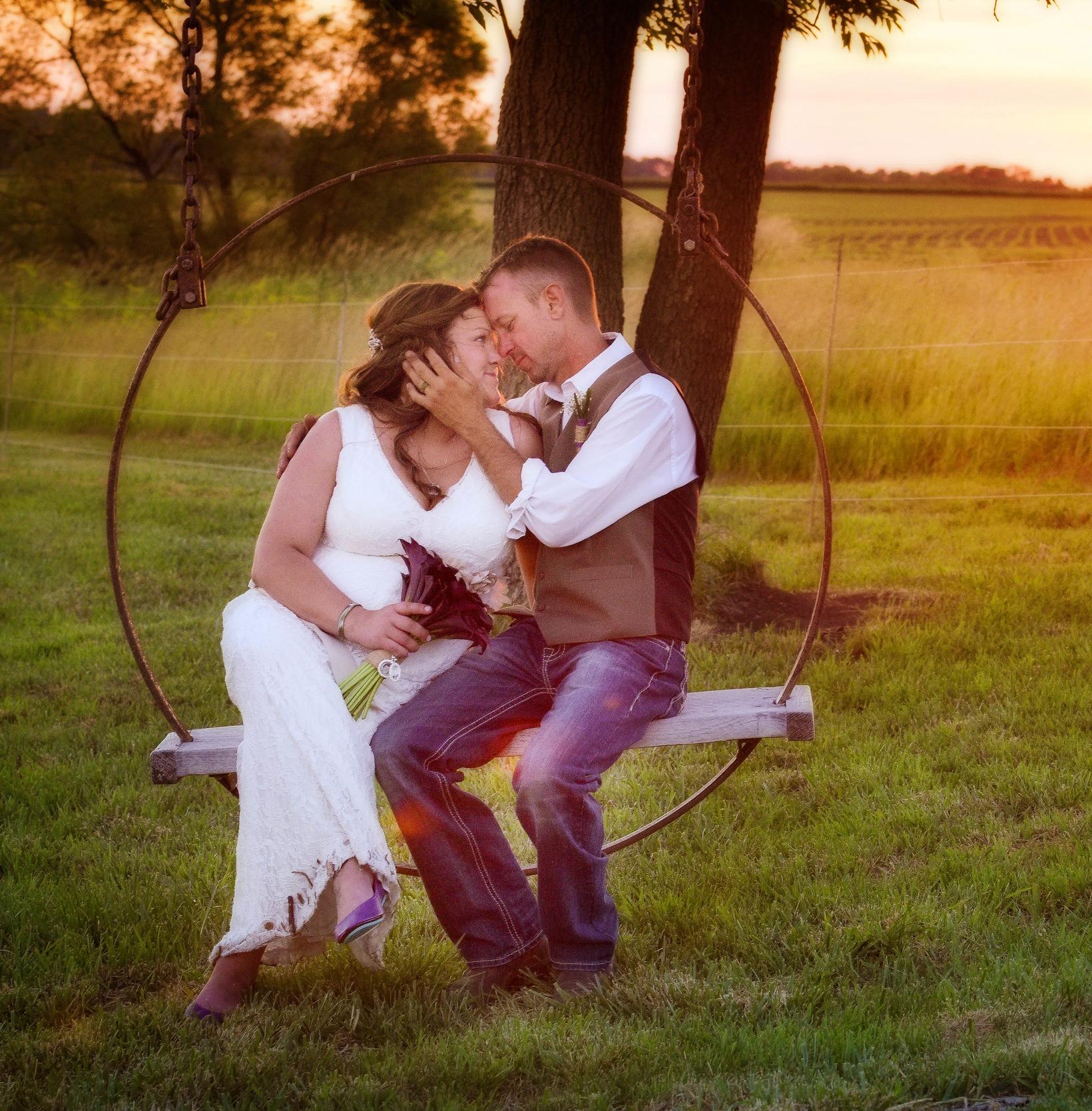 Knoxville Illinois Backyard Summer Wedding