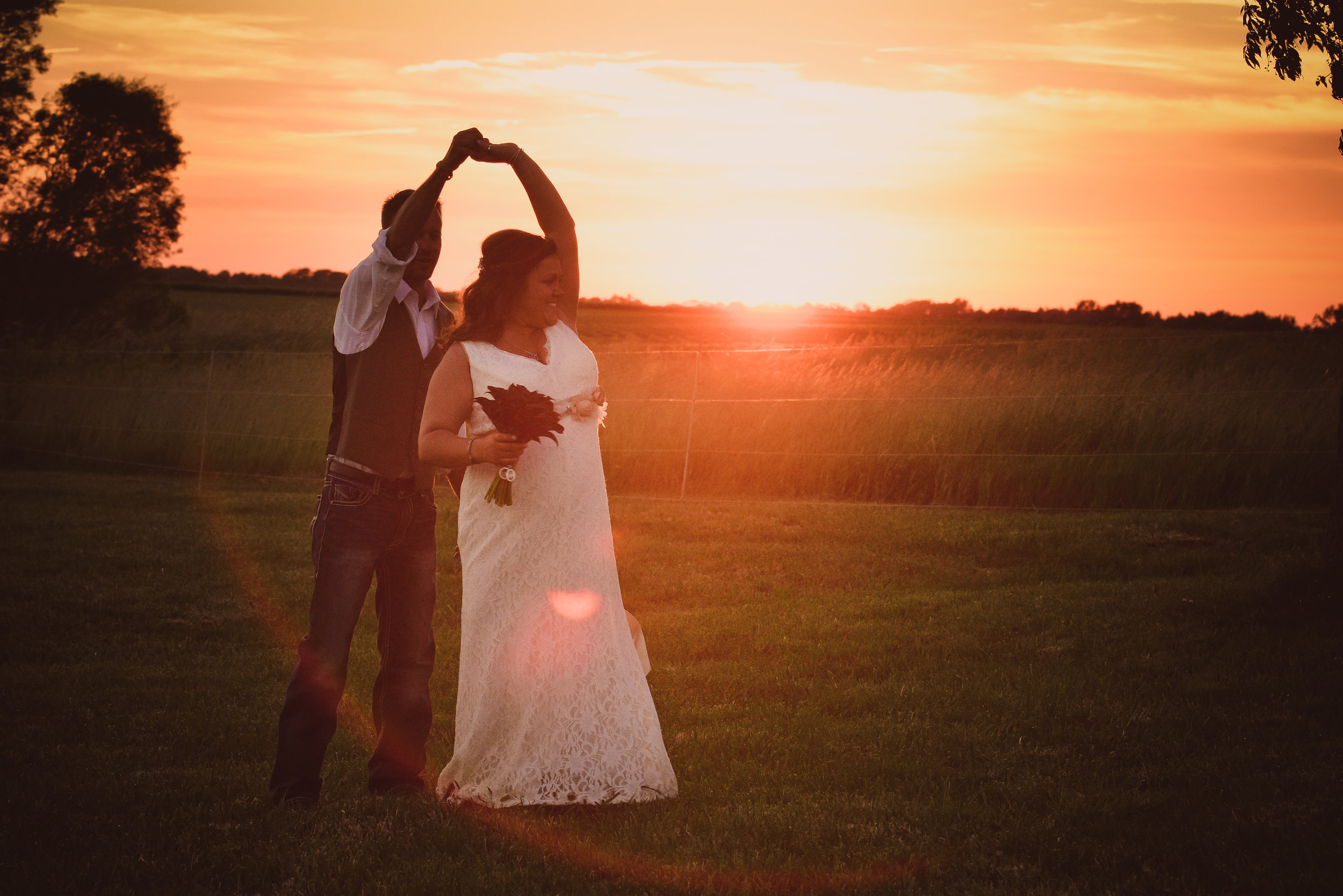 Central Illinois Backyard Wedding Sunset