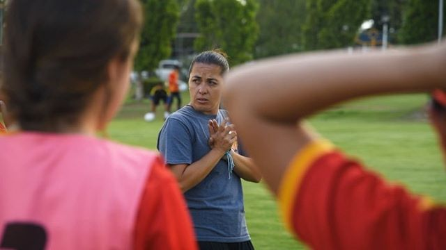 "🔉🔛 ""I hope they are leaders at whatever they do."" We had a chance to spend time with @coachgonzalez9 and her team, #NoriaFC this past spring in Puebla City, Mexico to learn about what it's like to be a women's coach in the league and what football means to their team. Swipe for the whole video or check it out on our YouTube channel! PS. Their team also battled the heatwave will us in Lyon to become world record holders this summer! 🏅 🎥: @mpsan @blankography"